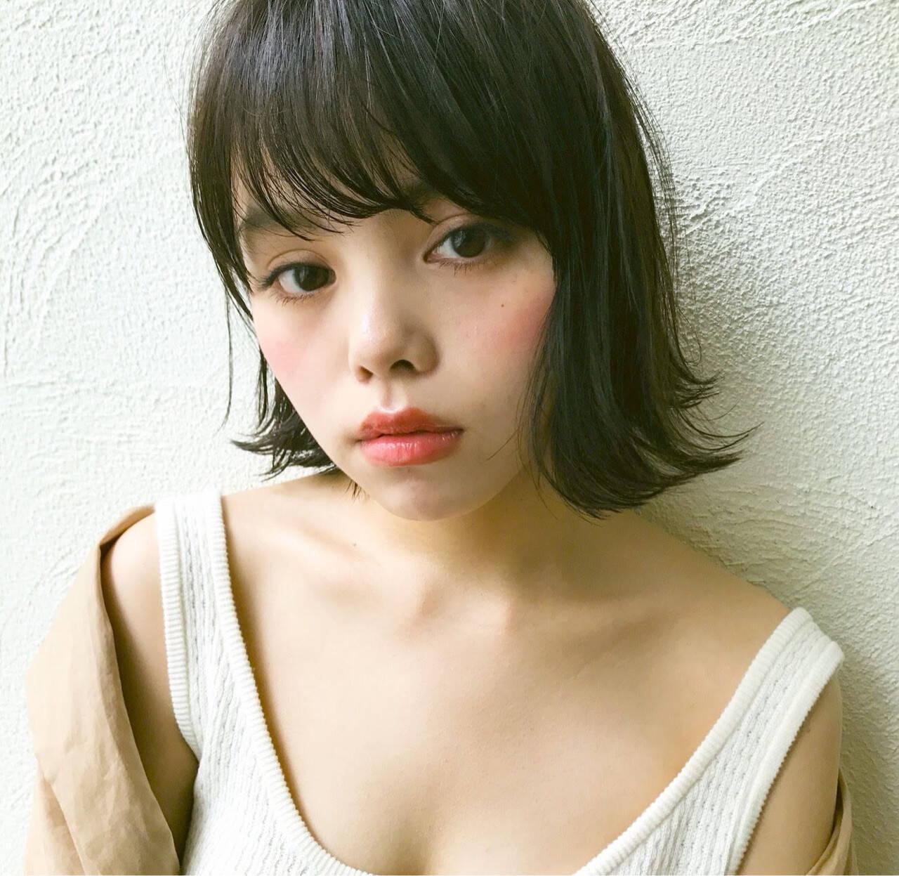 ガーリー 外ハネ 切りっぱなし 女子力ヘアスタイルや髪型の写真・画像