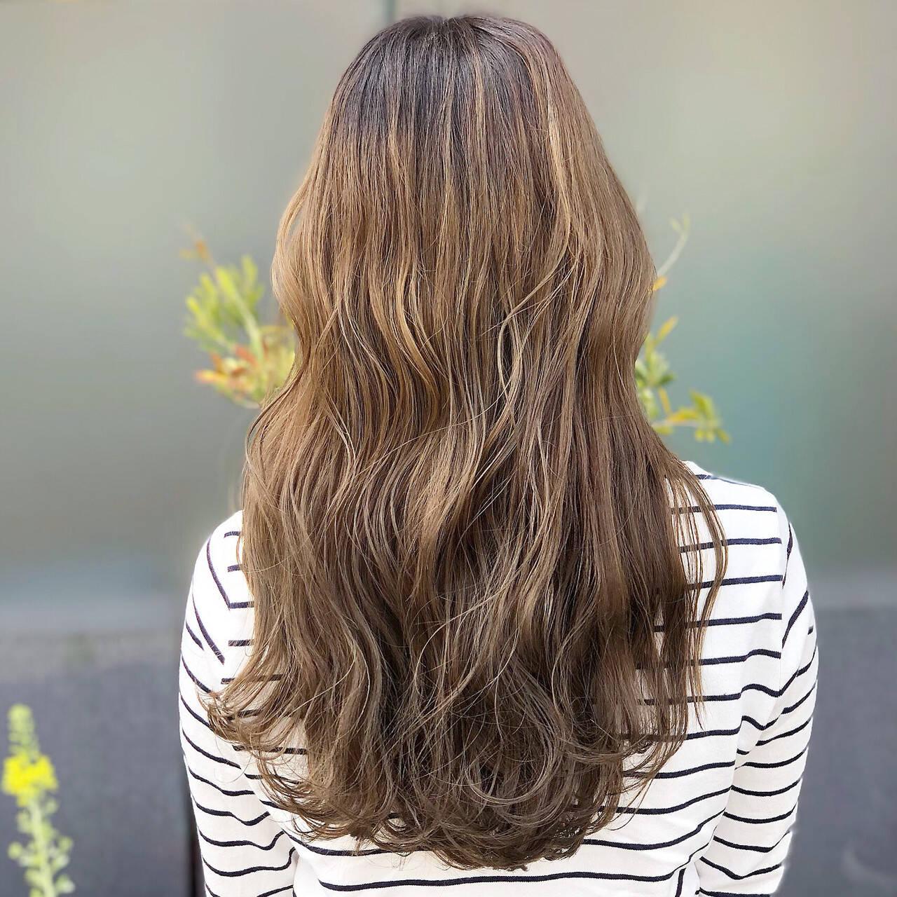 外国人 グラデーションカラー ロング 外国人風カラーヘアスタイルや髪型の写真・画像