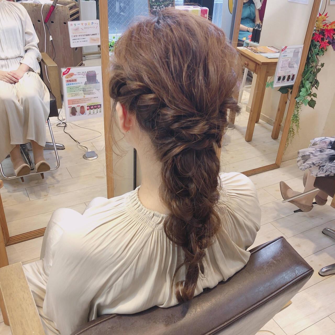 結婚式ヘアアレンジ ロング ナチュラル 大人可愛いヘアスタイルや髪型の写真・画像