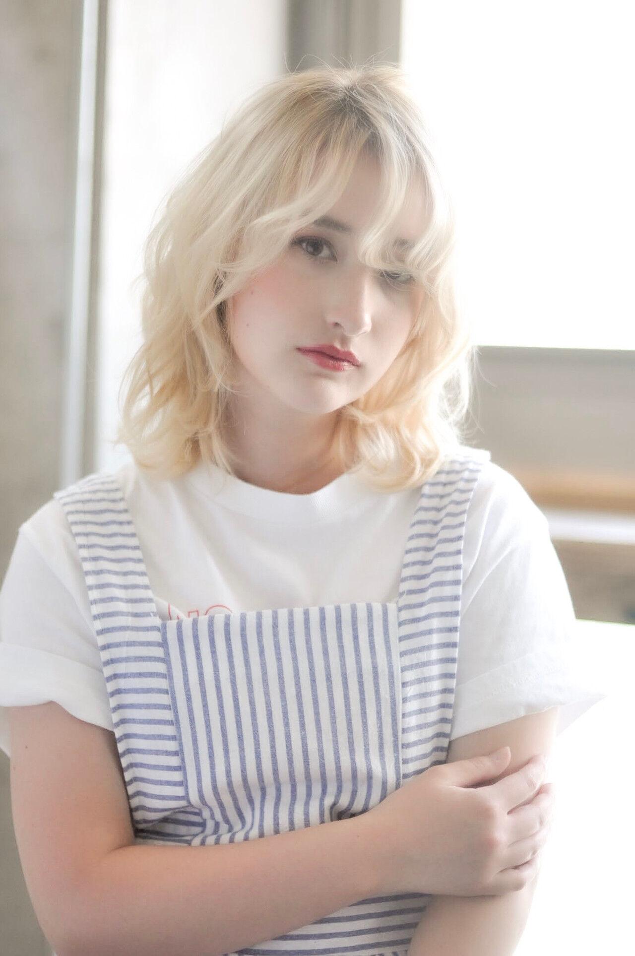 簡単ヘアアレンジ 透明感カラー 外国人風フェミニン 外国人風カラーヘアスタイルや髪型の写真・画像