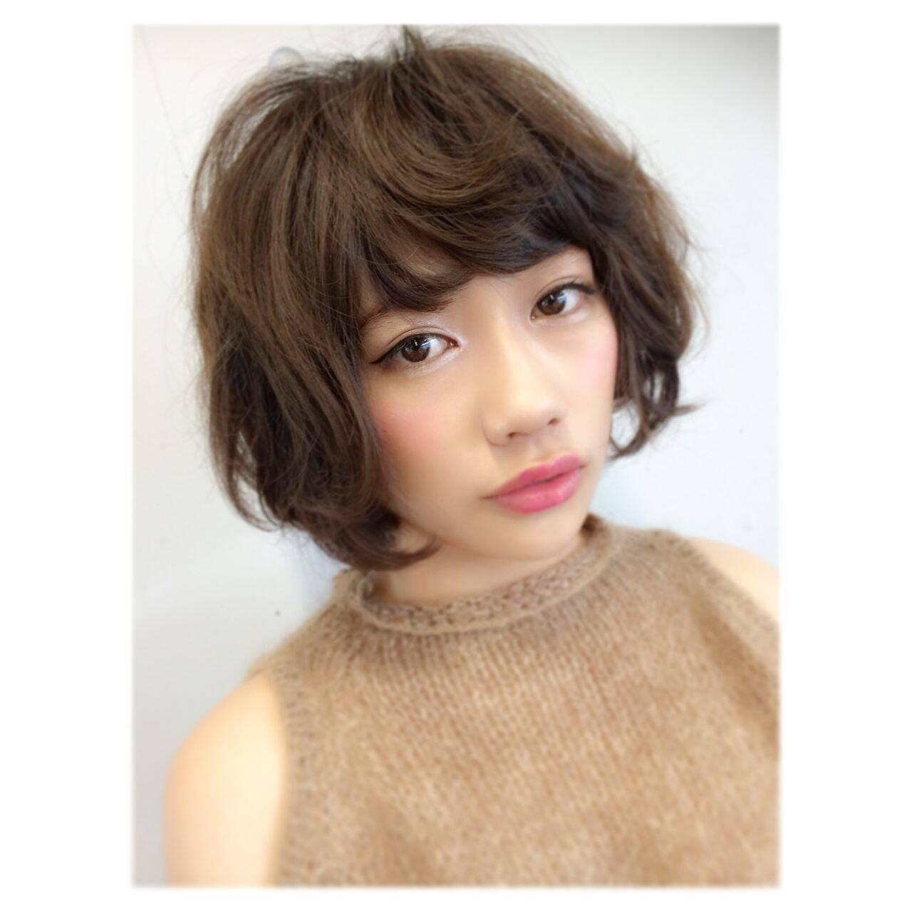 ウェーブ コンサバ ショート フェミニンヘアスタイルや髪型の写真・画像