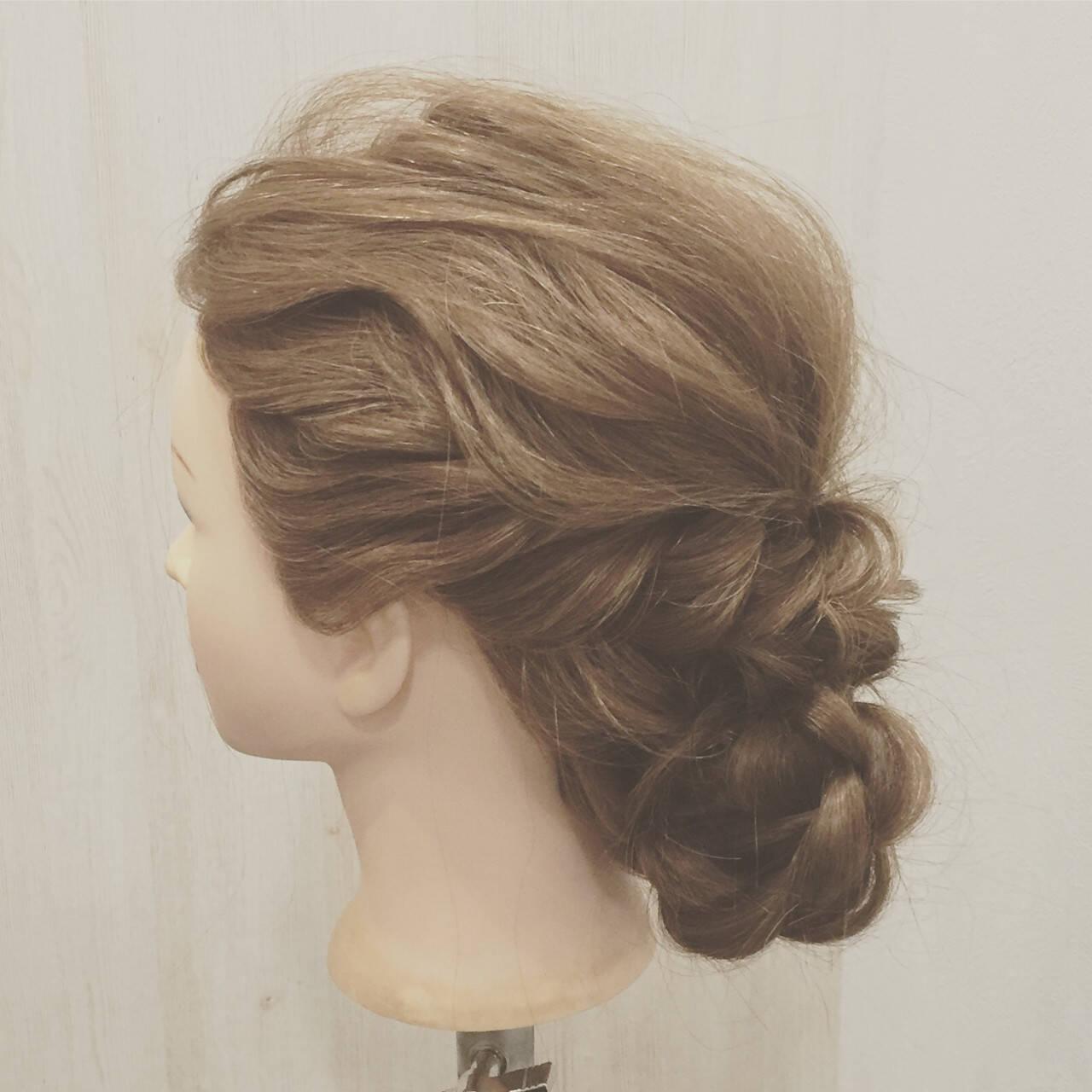 セミロング ヘアアレンジ ショート 簡単ヘアアレンジヘアスタイルや髪型の写真・画像
