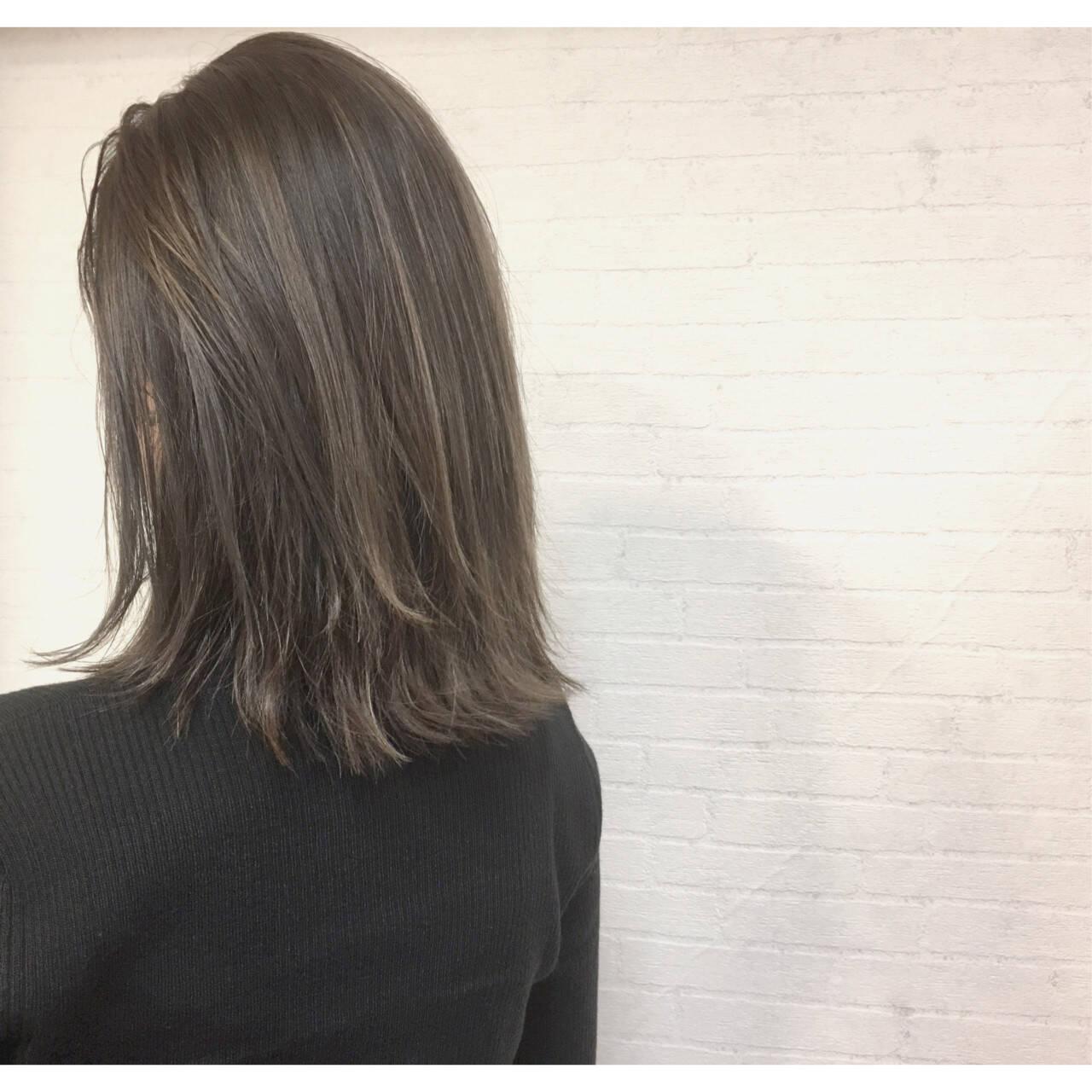 暗髪 ウェットヘア ナチュラル 色気ヘアスタイルや髪型の写真・画像