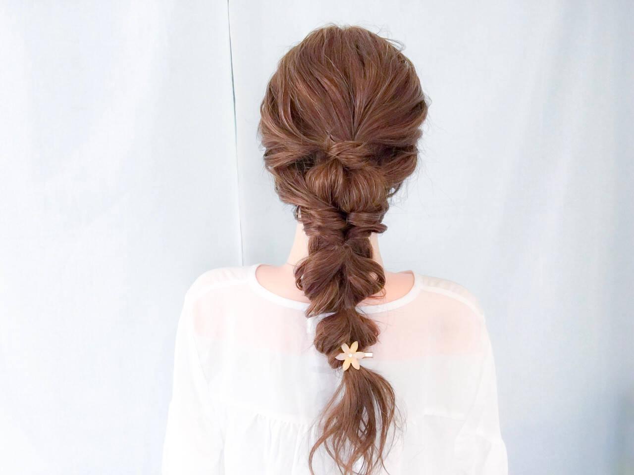 大人女子 フェミニン ショート 簡単ヘアアレンジヘアスタイルや髪型の写真・画像