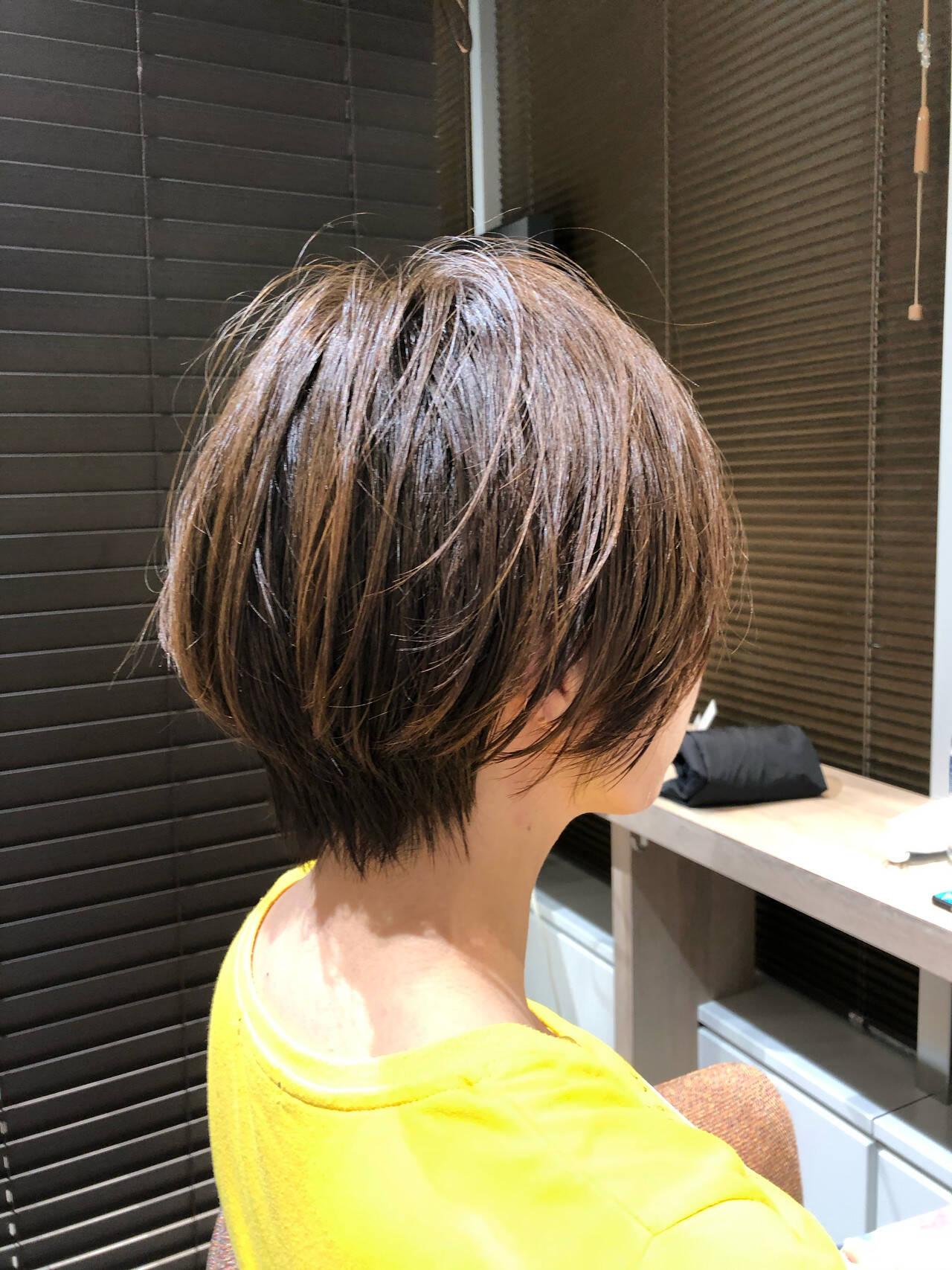ミニボブ ショートボブ ベリーショート インナーカラーヘアスタイルや髪型の写真・画像