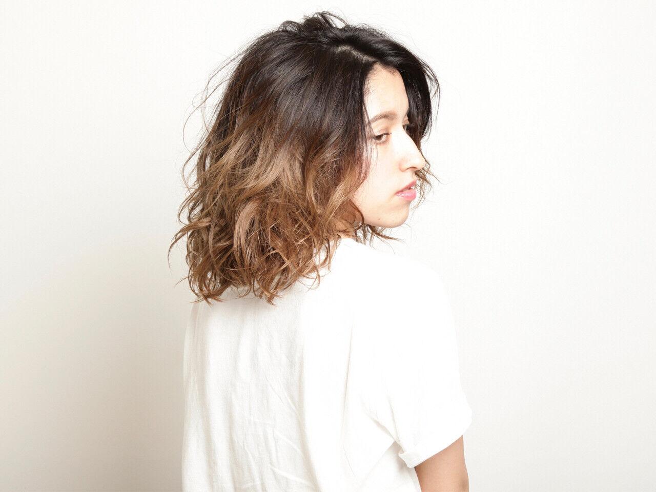 モード 前髪なし セミロング パーマヘアスタイルや髪型の写真・画像