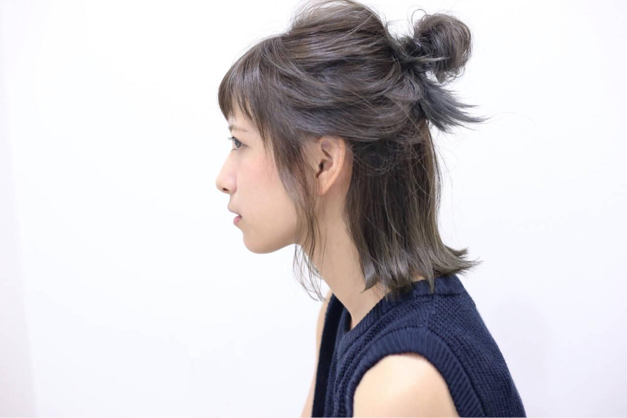 ハーフアップ ヘアアレンジ 簡単ヘアアレンジ グラデーションカラーヘアスタイルや髪型の写真・画像