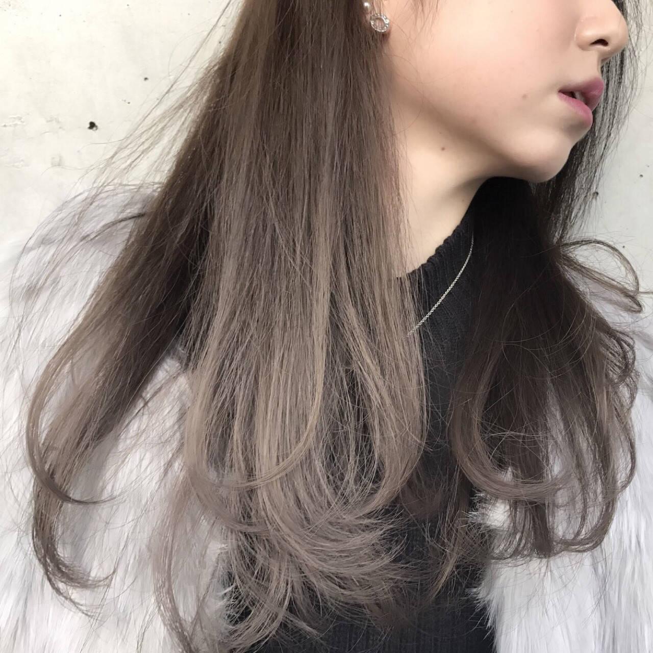 ハイライト グラデーションカラー ロング アッシュヘアスタイルや髪型の写真・画像