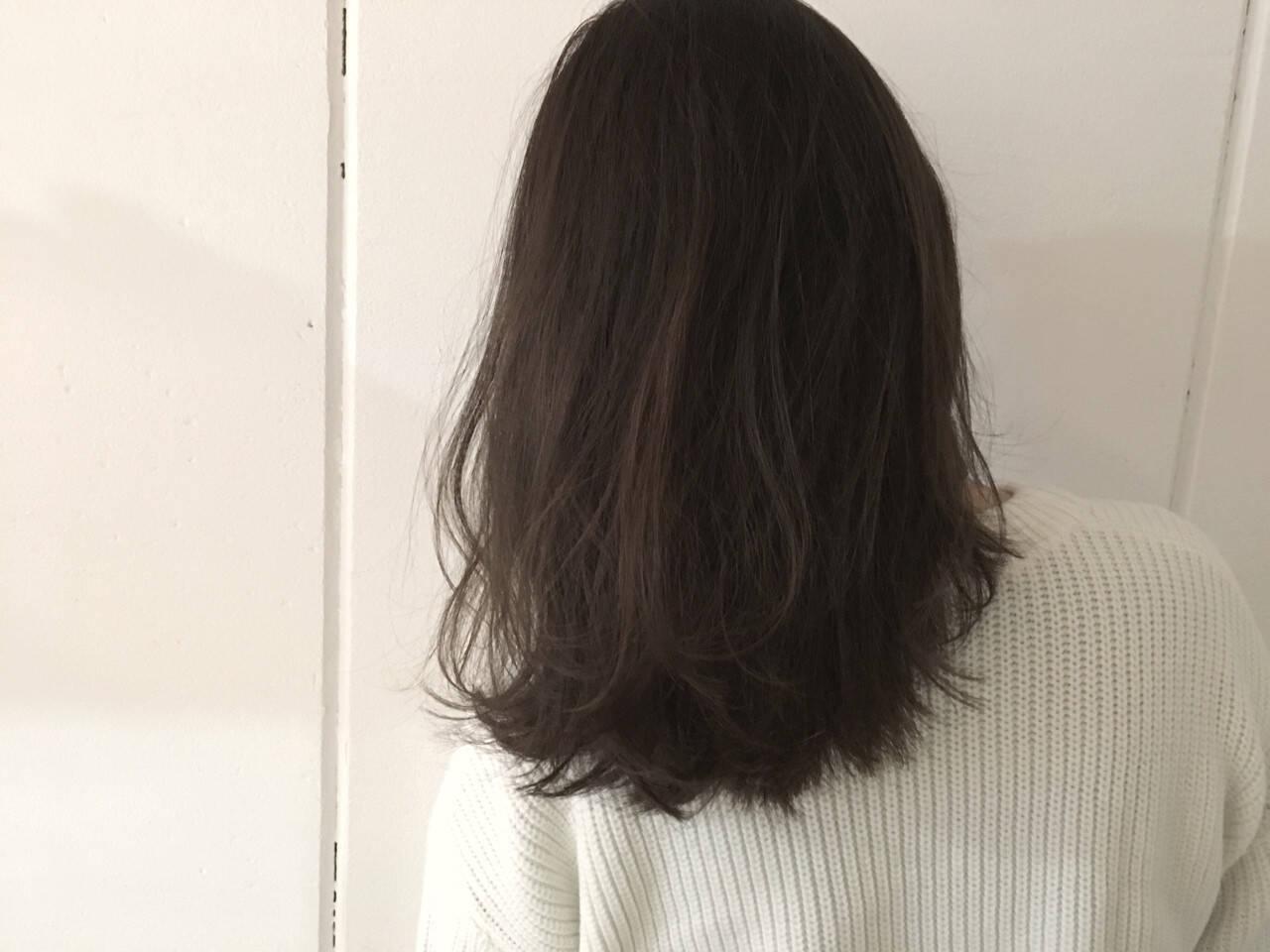 グレージュ 抜け感 グラデーションカラー 外国人風ヘアスタイルや髪型の写真・画像