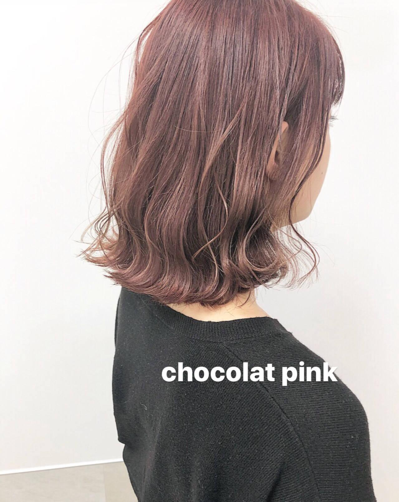 ミディアム ナチュラル 大人可愛い ピンクベージュヘアスタイルや髪型の写真・画像