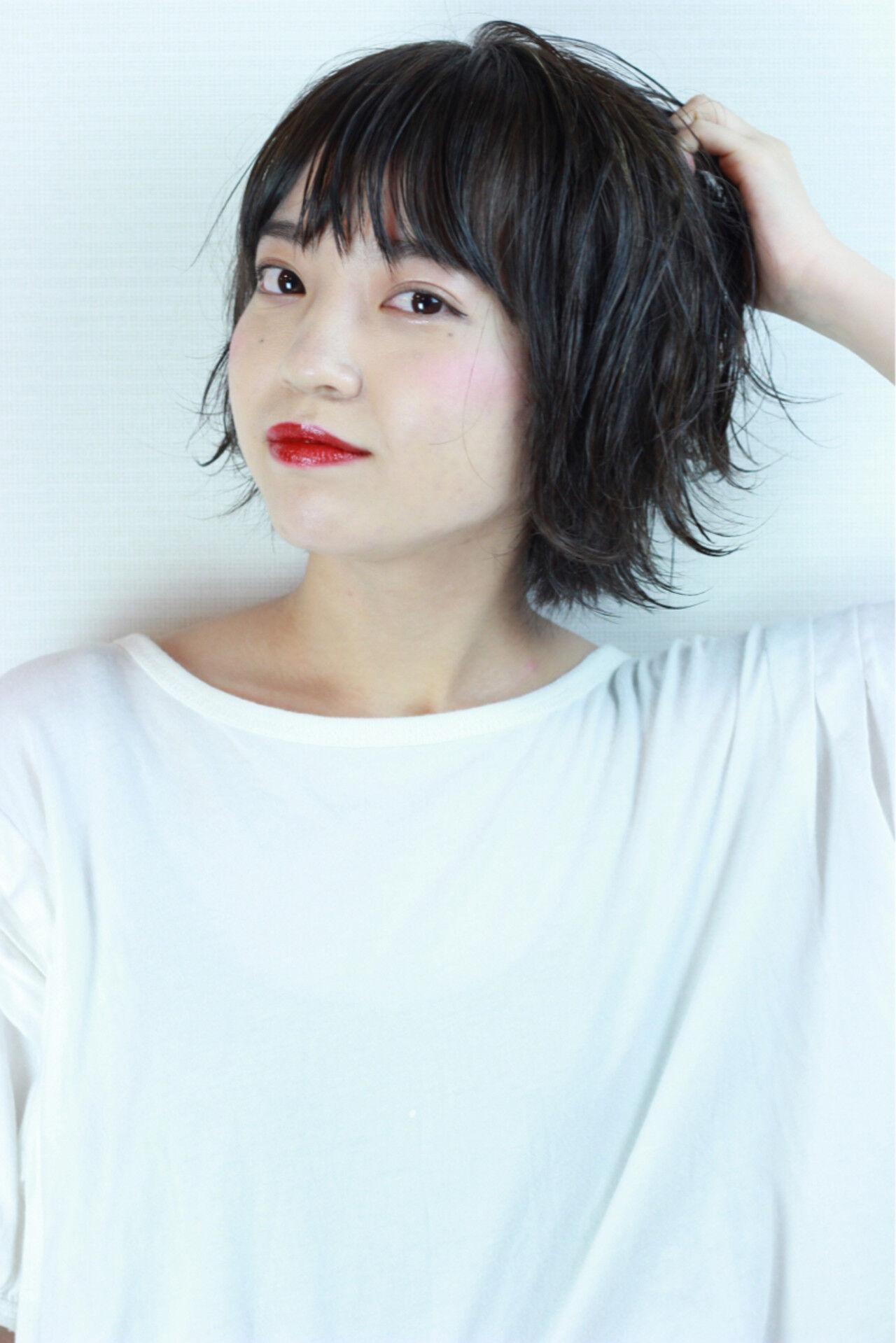 外国人風カラー 色気 グレージュ ショートヘアスタイルや髪型の写真・画像