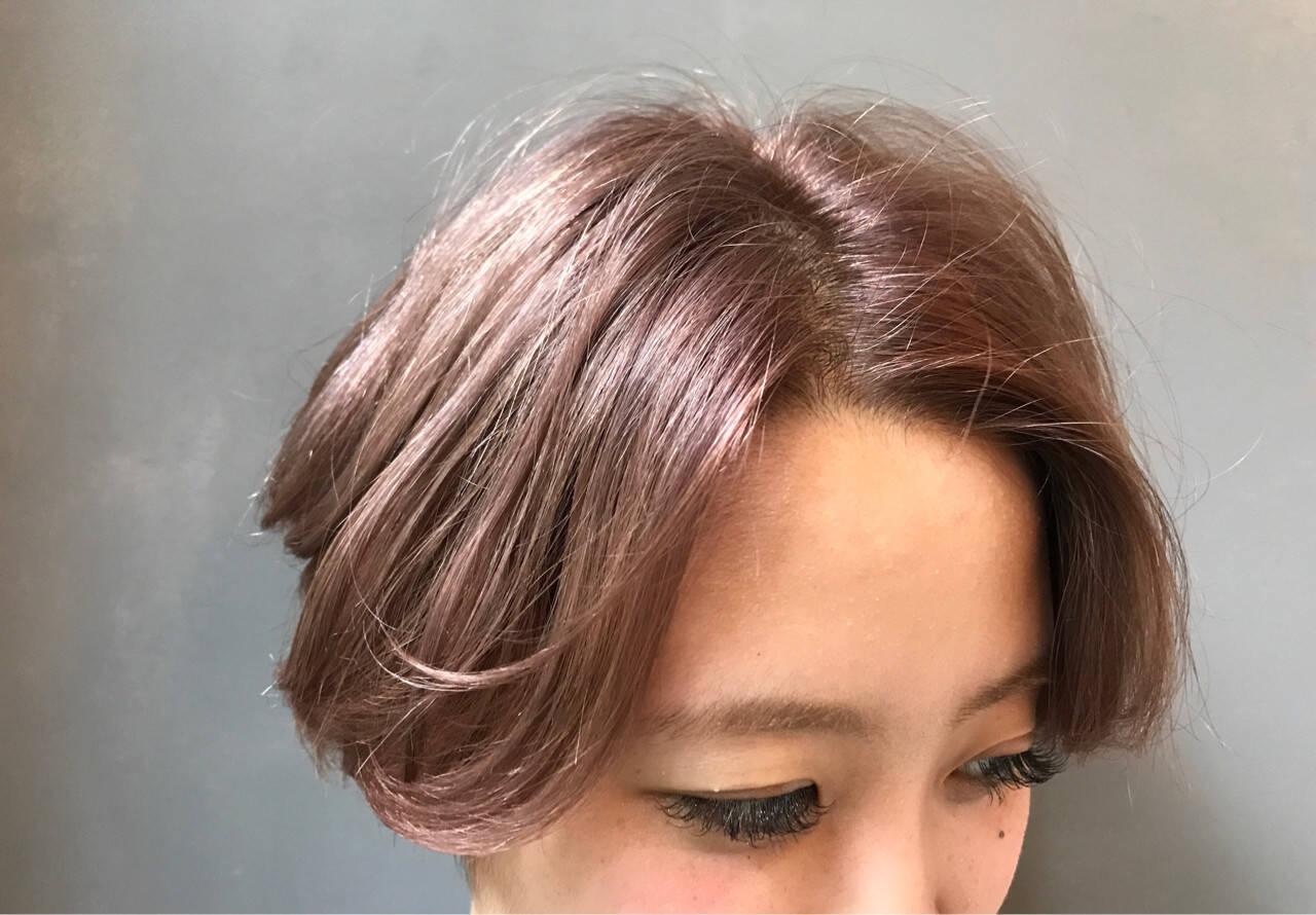 ダブルカラー ウェーブ アンニュイ 外国人風ヘアスタイルや髪型の写真・画像