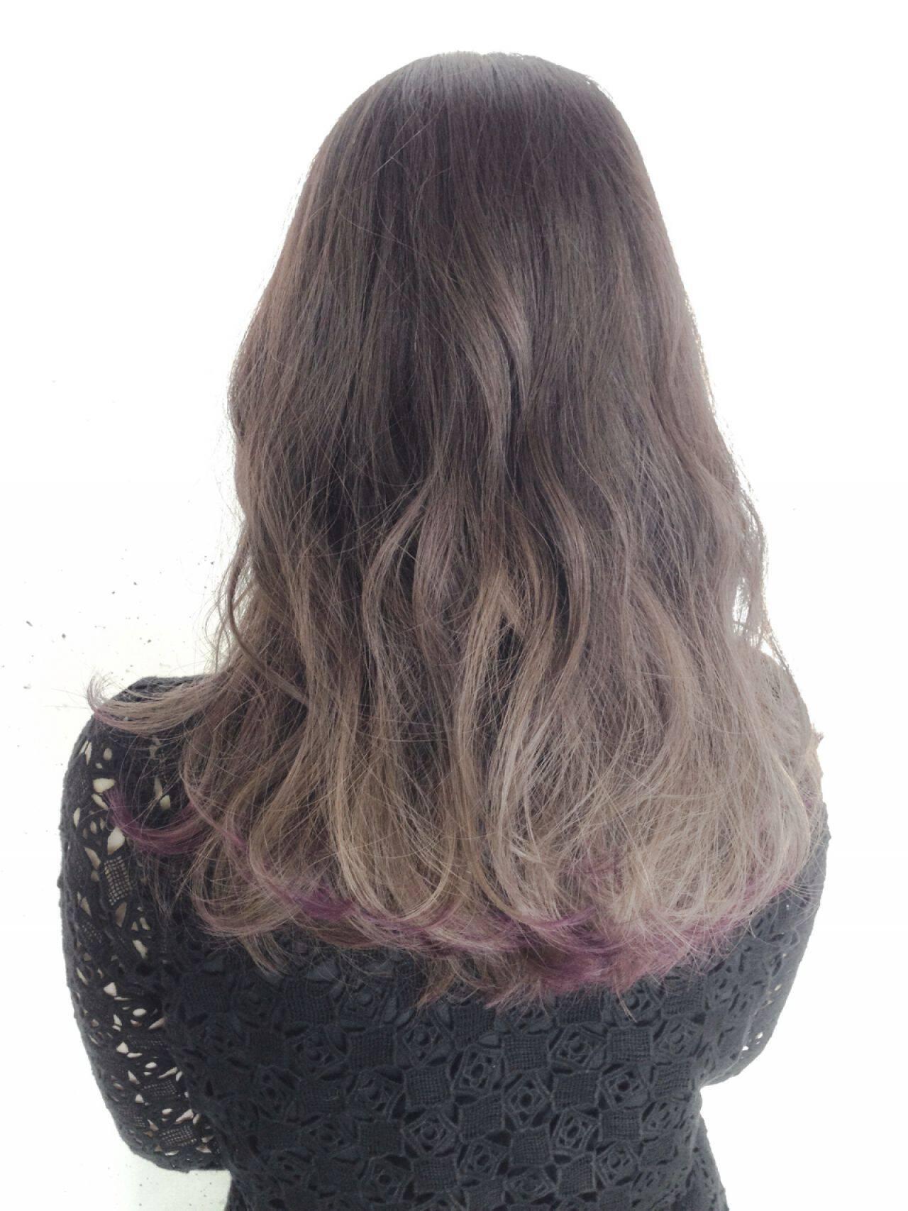 黒髪 グレーアッシュ ストリート グラデーションカラーヘアスタイルや髪型の写真・画像
