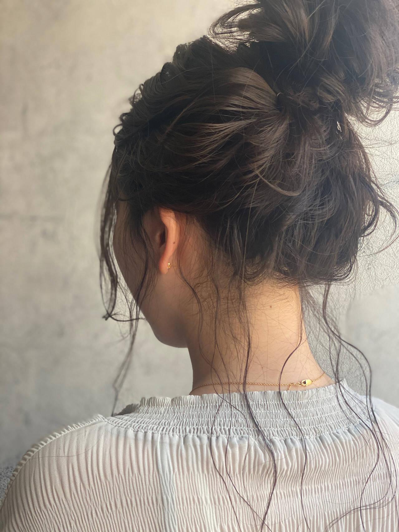 編みおろしヘア ナチュラル ロング お団子アレンジヘアスタイルや髪型の写真・画像