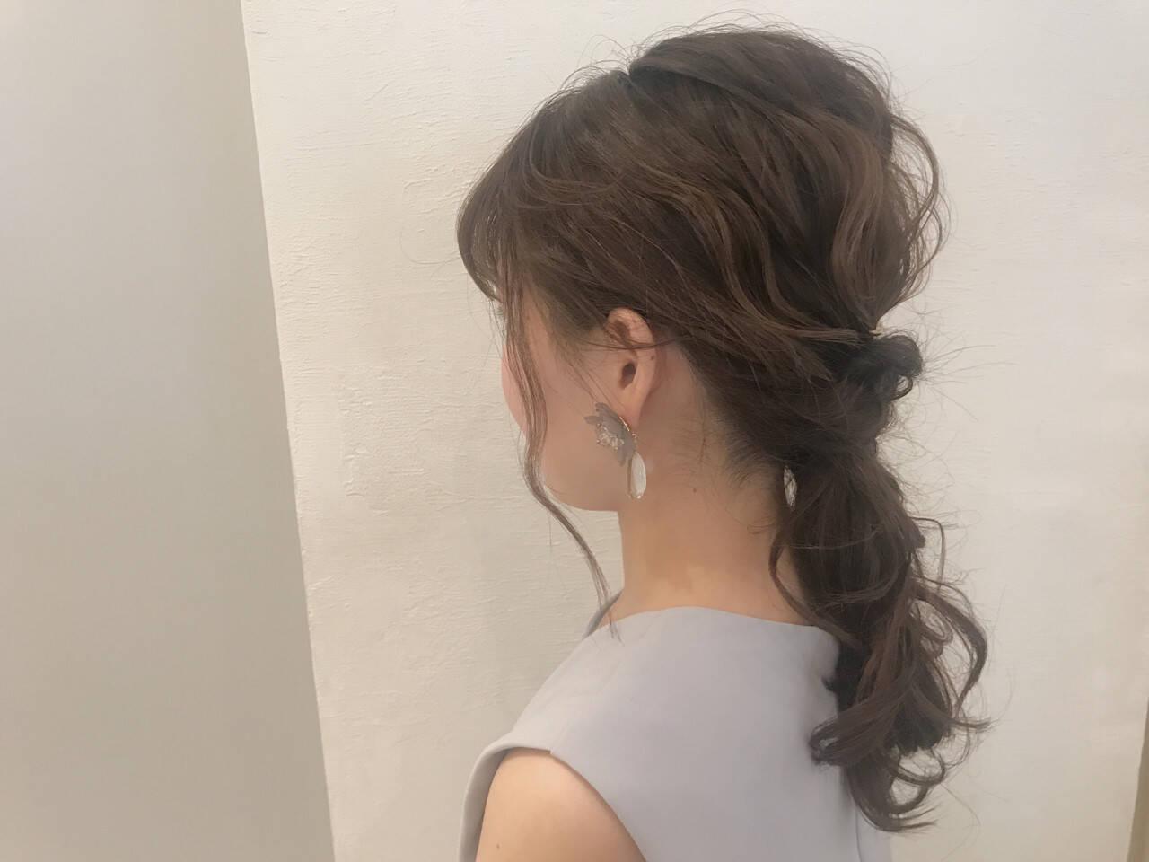 デート 結婚式 セミロング ウェーブヘアスタイルや髪型の写真・画像