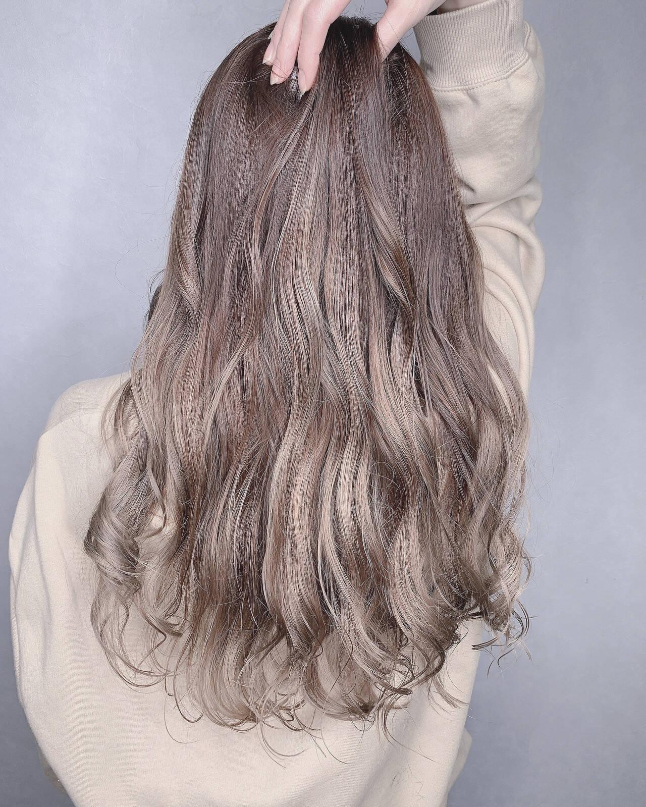 3Dハイライト ロング グラデーションカラー 透明感カラーヘアスタイルや髪型の写真・画像