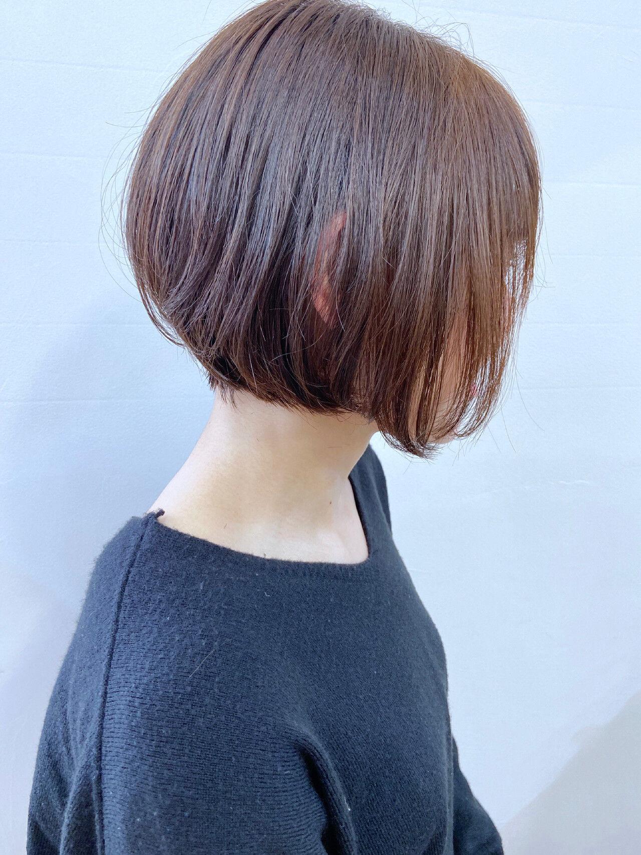 コンサバ アッシュ ミニボブ ショートボブヘアスタイルや髪型の写真・画像
