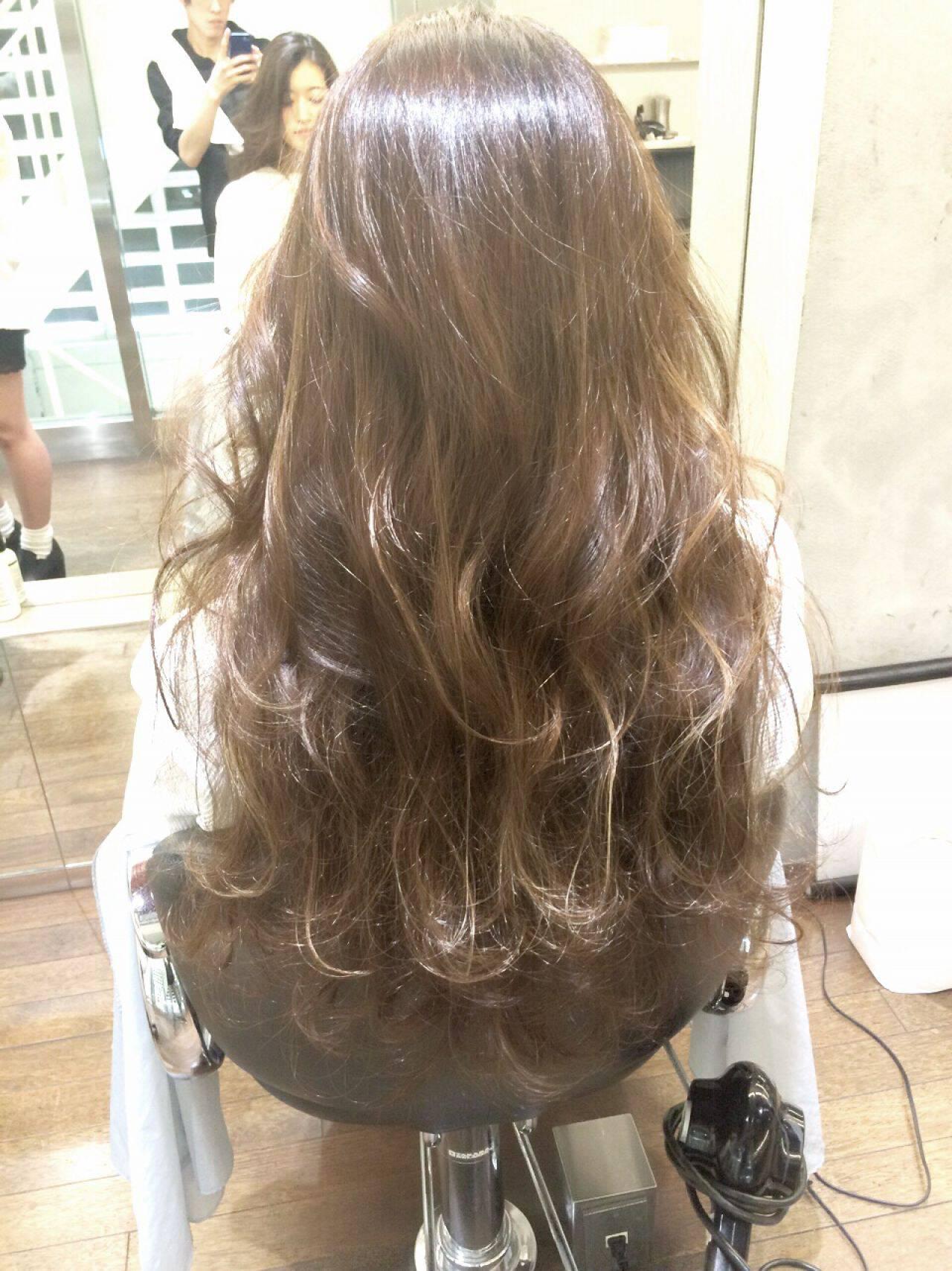 ブラウンベージュ 外国人風 グラデーションカラー ストリートヘアスタイルや髪型の写真・画像