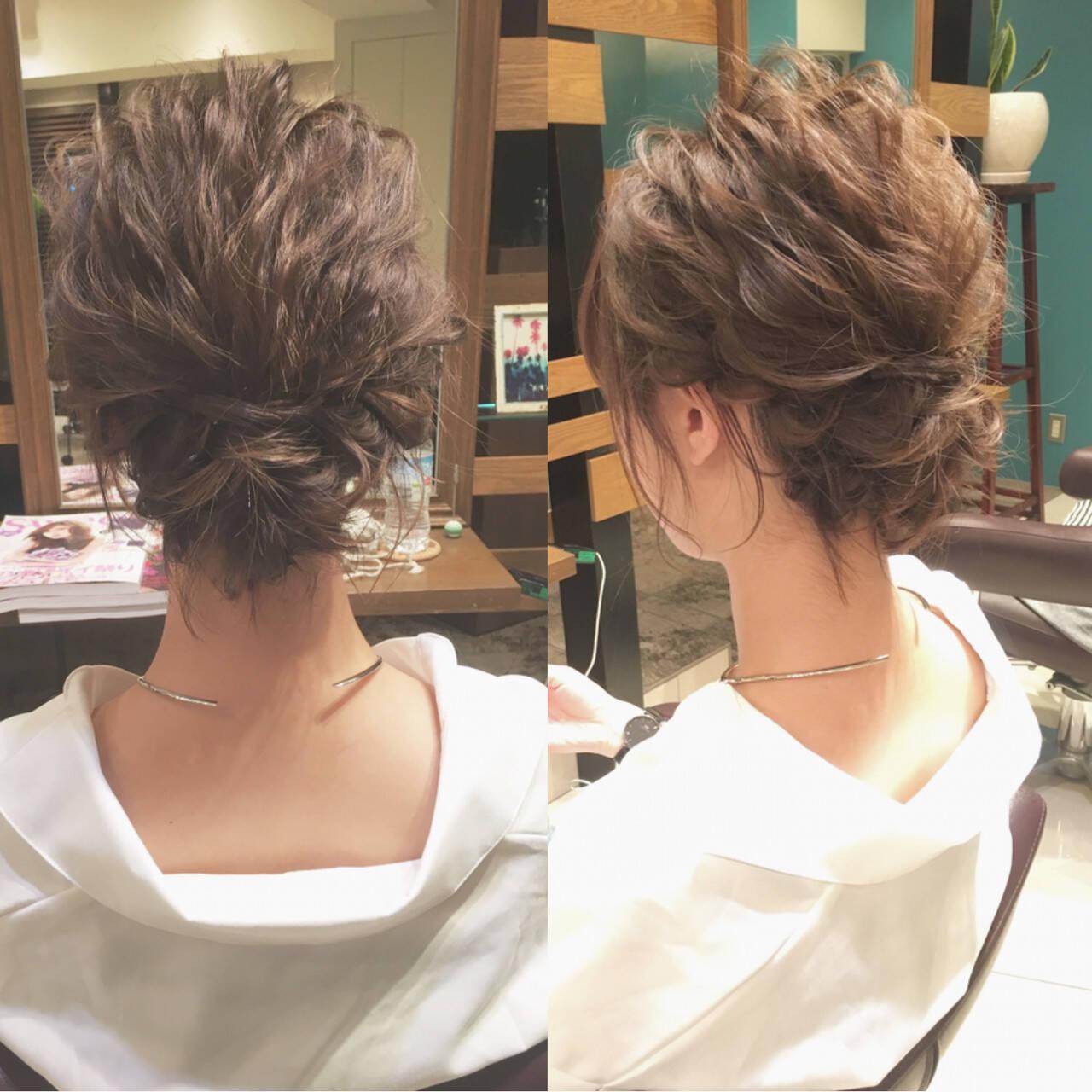波ウェーブ ヘアアレンジ シニヨン ナチュラルヘアスタイルや髪型の写真・画像