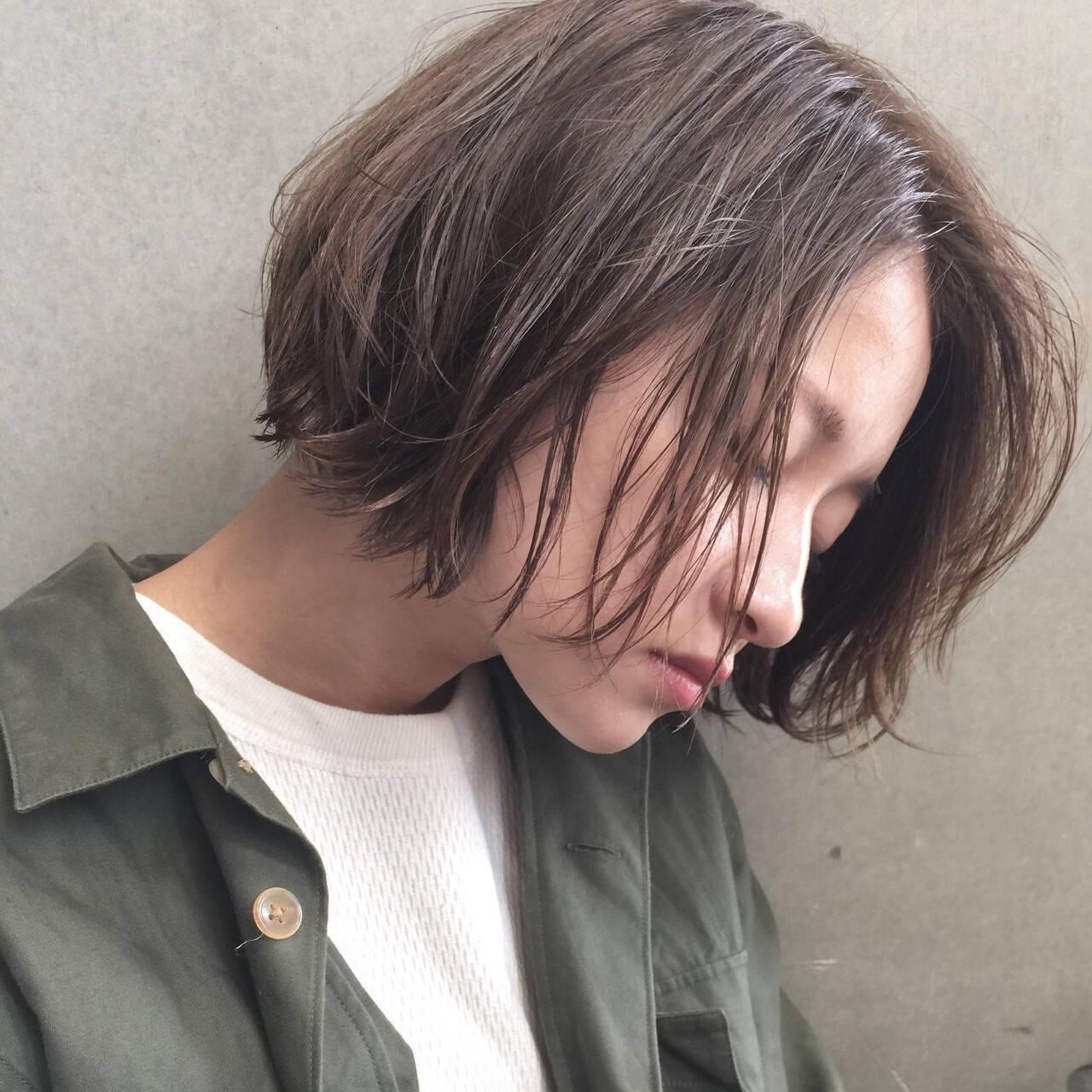 アッシュ 簡単 ナチュラル ショートヘアスタイルや髪型の写真・画像