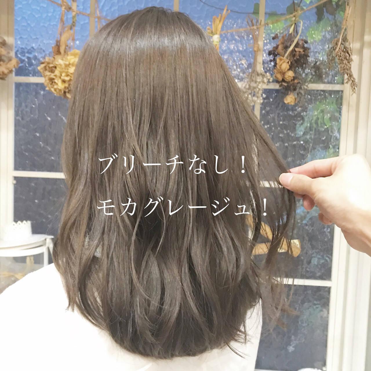 ヘアカラー ブリーチなし ベージュ ナチュラルヘアスタイルや髪型の写真・画像