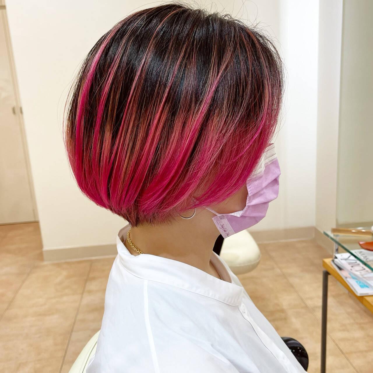 ピンク ブリーチ ボブ ヘアマニキュアヘアスタイルや髪型の写真・画像