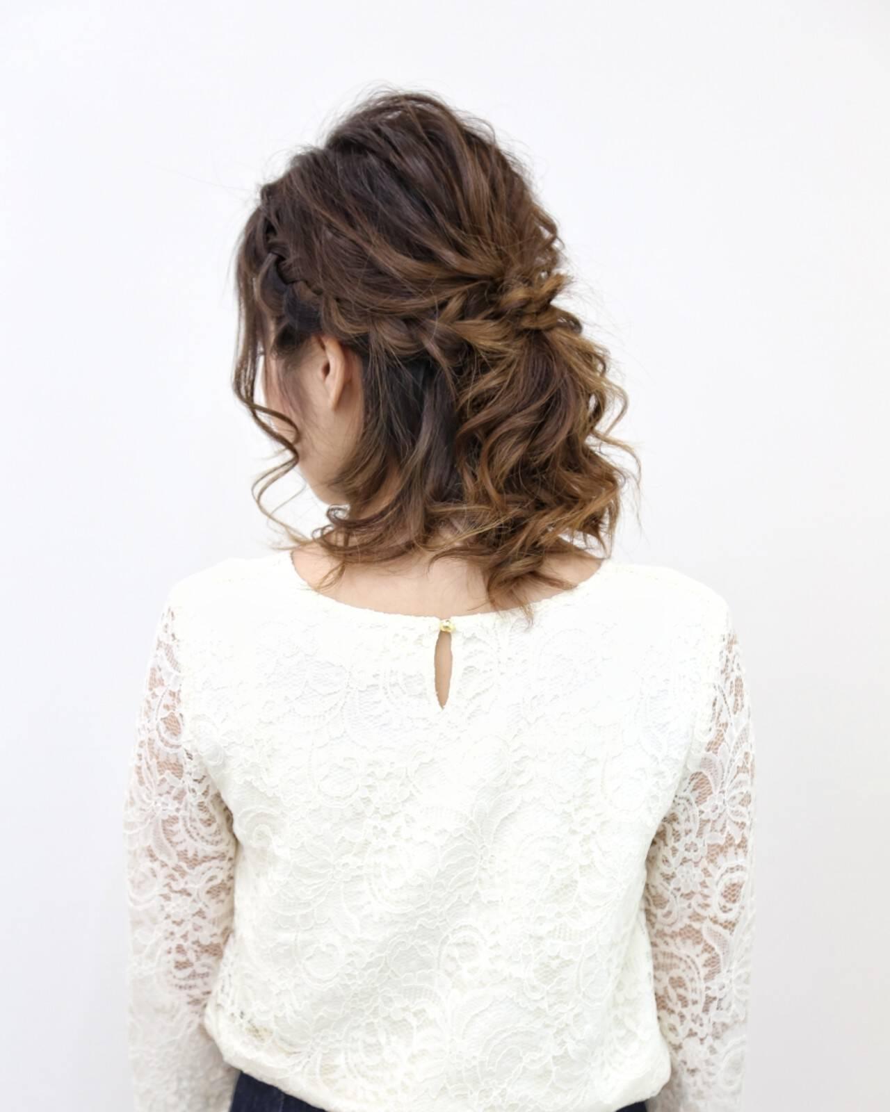 ヘアアレンジ ハーフアップ フェミニン ミディアムヘアスタイルや髪型の写真・画像