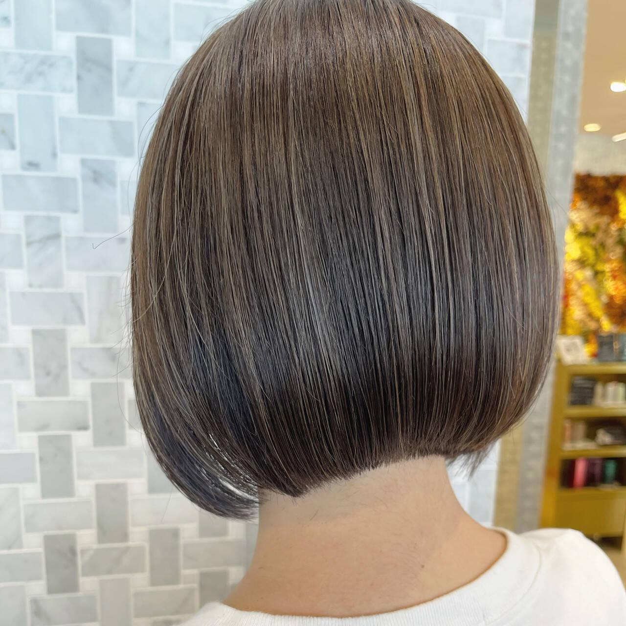 ミニボブ ナチュラル ボブヘアー ボブヘアスタイルや髪型の写真・画像