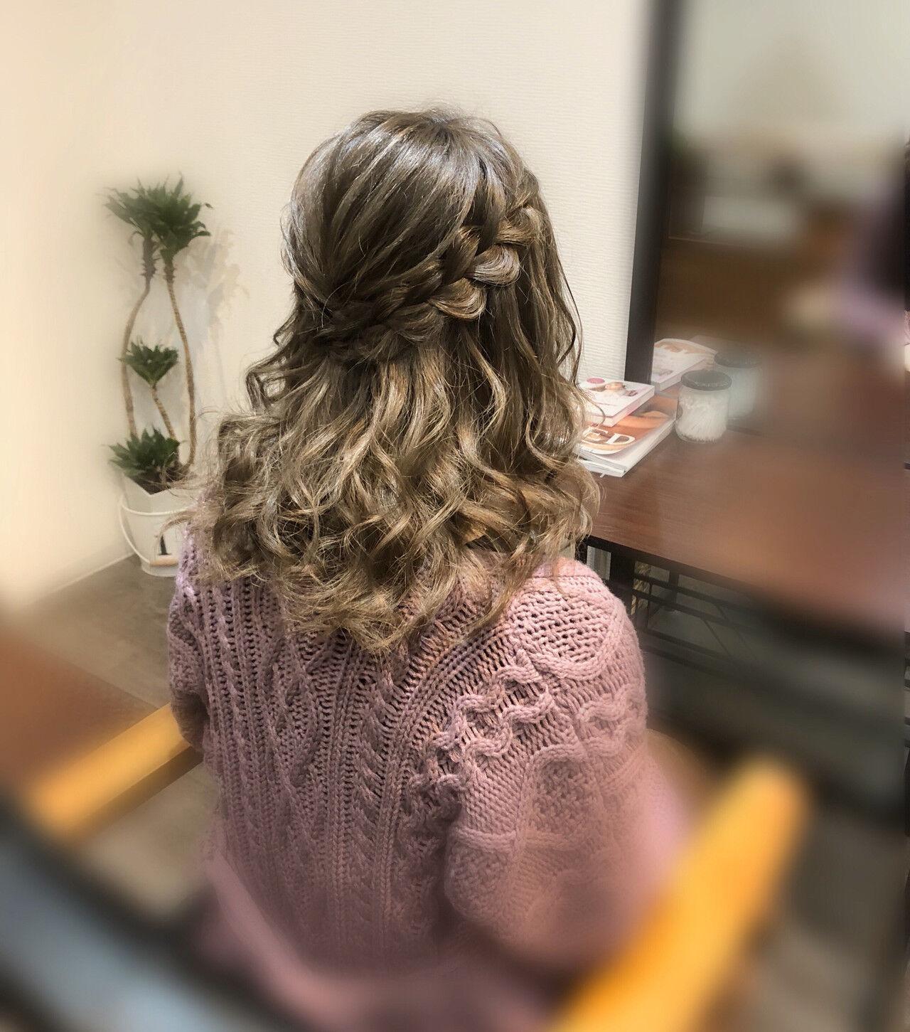 セミロング ヘアセット ヘアアレンジ 編み込みヘアヘアスタイルや髪型の写真・画像