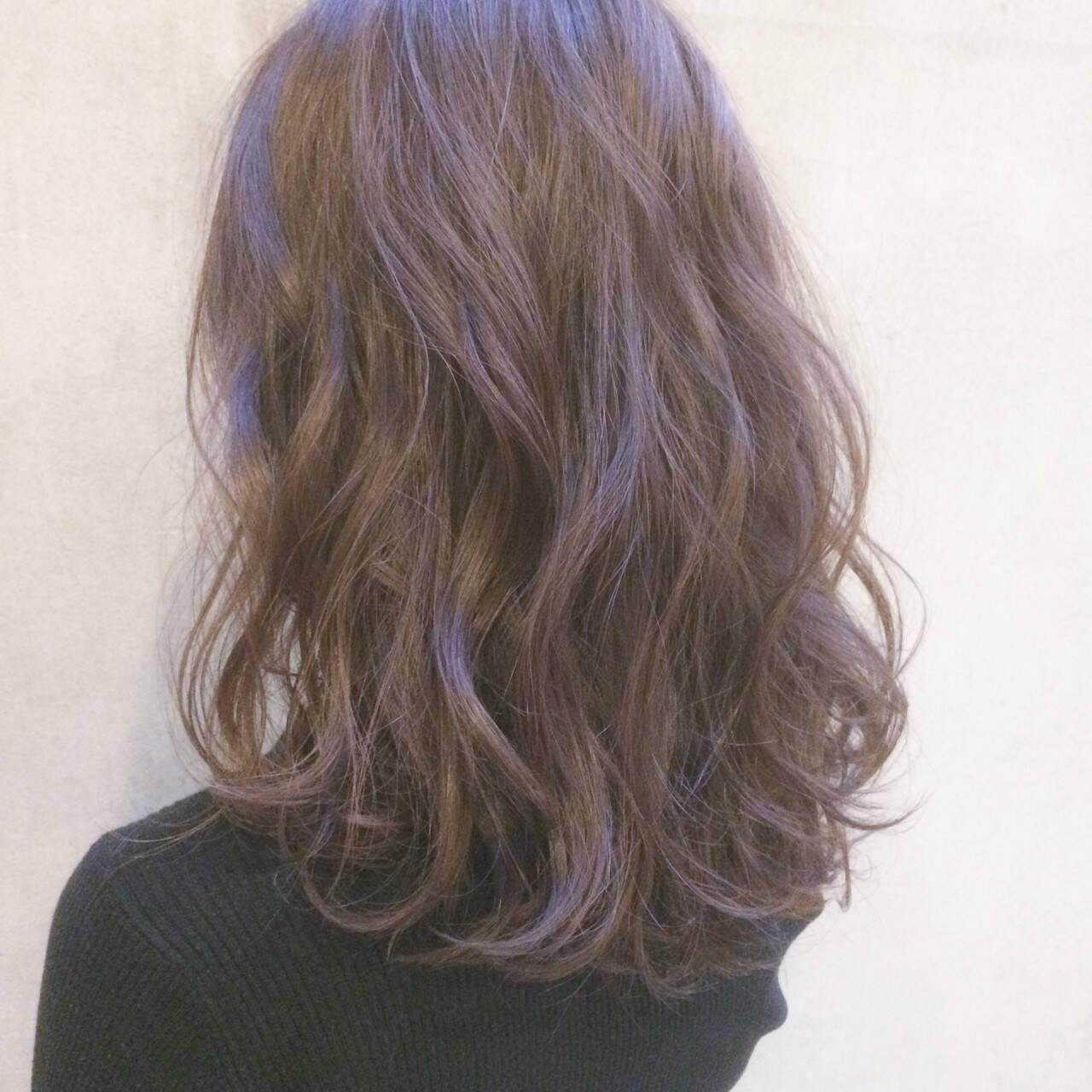 アンニュイ ゆるふわ 大人かわいい ナチュラルヘアスタイルや髪型の写真・画像