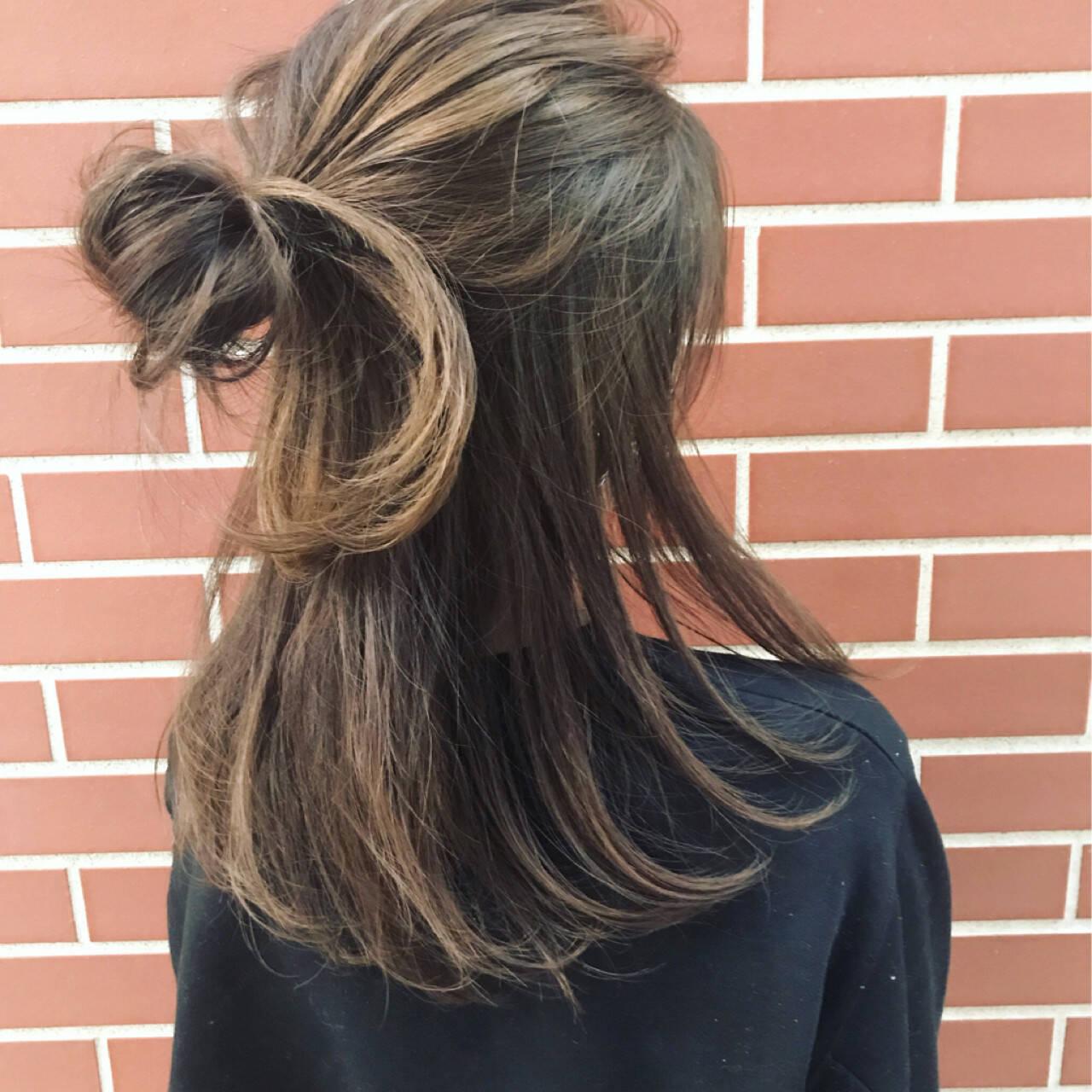 ハーフアップ ストリート ヘアアレンジ ショートヘアスタイルや髪型の写真・画像