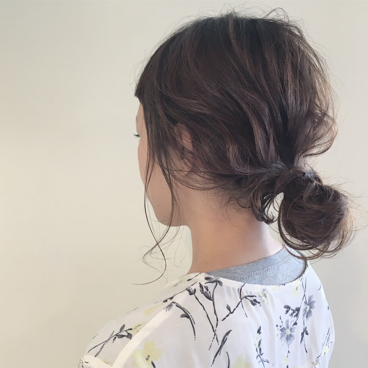 ハイライト ナチュラル デート ミディアムヘアスタイルや髪型の写真・画像