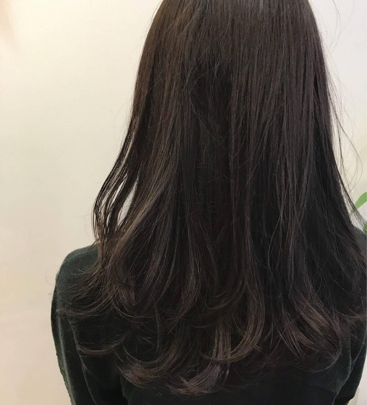 リラックス 冬 パーマ ロングヘアスタイルや髪型の写真・画像