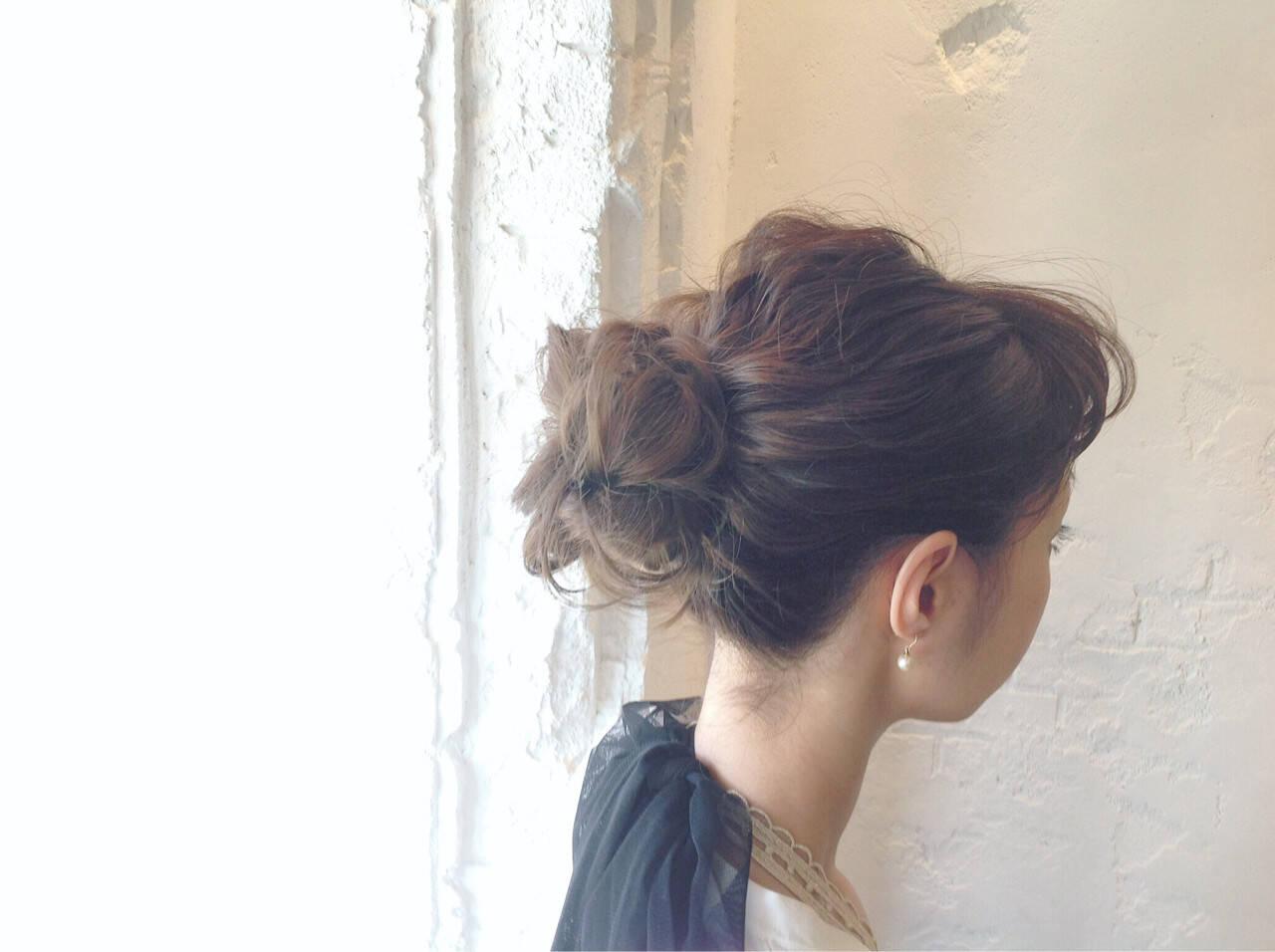 簡単ヘアアレンジ ヘアアレンジ お団子 セミロングヘアスタイルや髪型の写真・画像