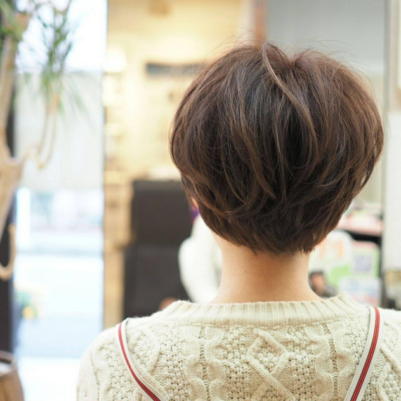ガーリー ショート ショートボブ ナチュラルヘアスタイルや髪型の写真・画像
