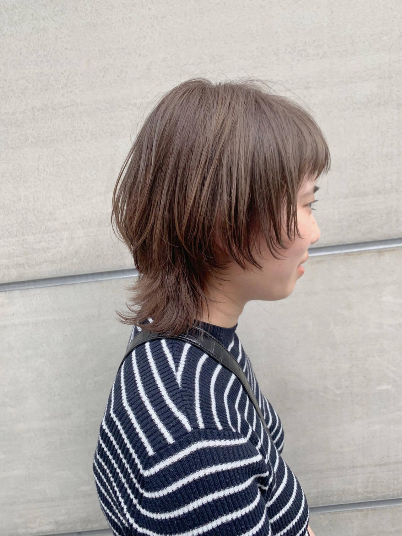 ウルフカット ナチュラル 透明感 ブリーチなしヘアスタイルや髪型の写真・画像