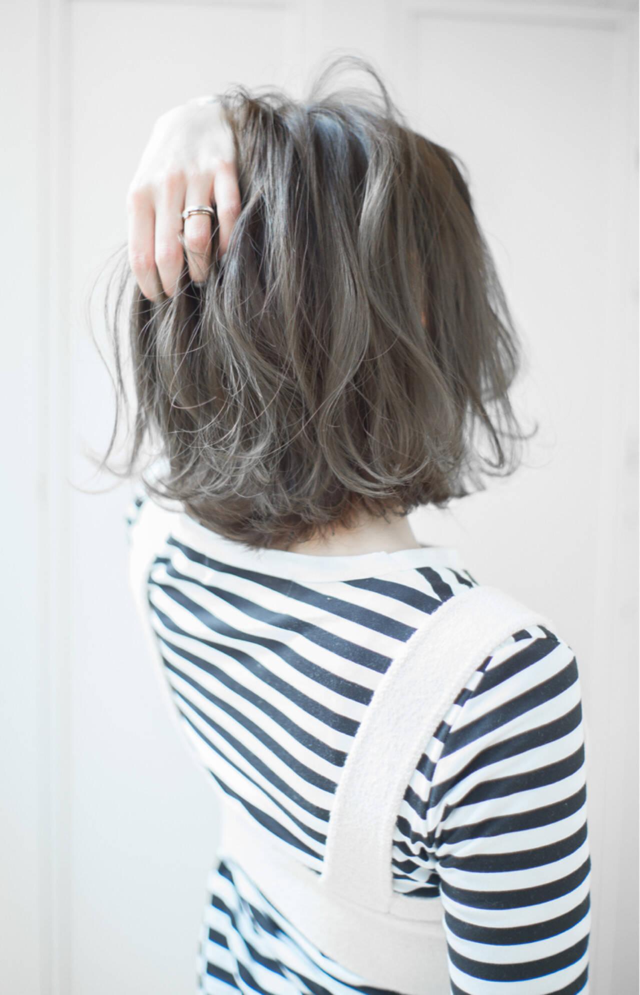 ボブ ミルクティー フリンジバング ニュアンスヘアスタイルや髪型の写真・画像