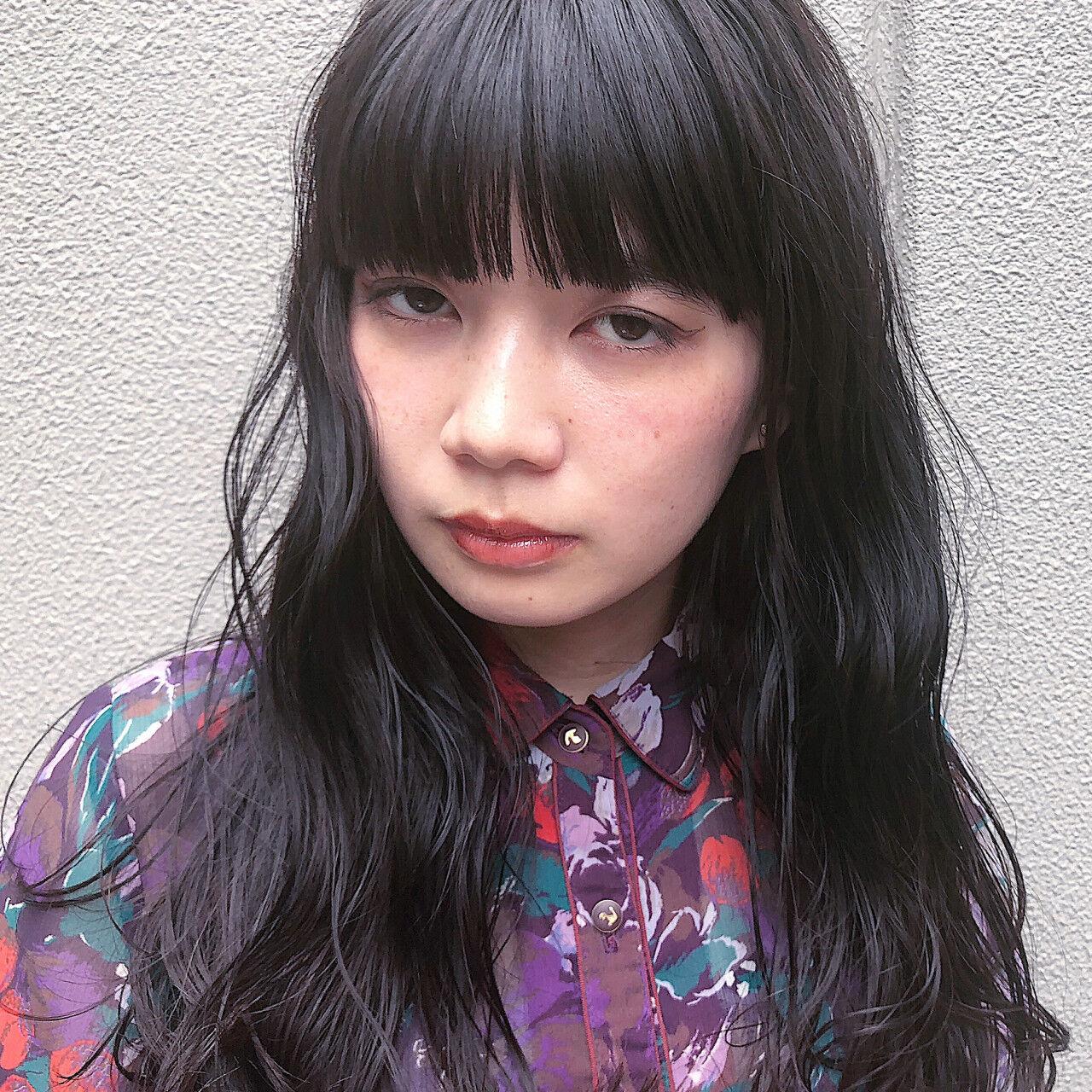 ガーリー セミロングヘアスタイルや髪型の写真・画像