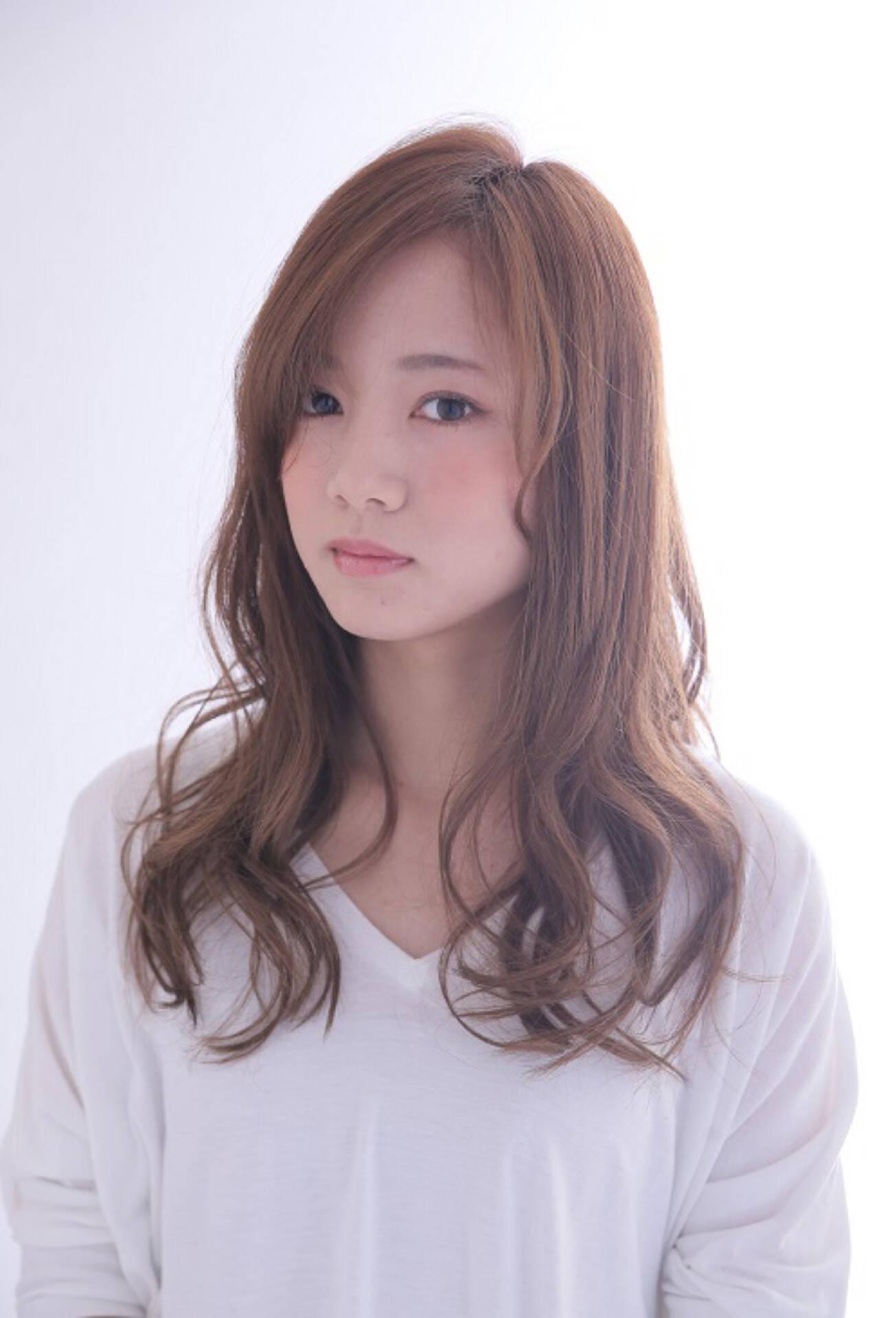 大人かわいい 外国人風 ゆるふわ ハイライトヘアスタイルや髪型の写真・画像