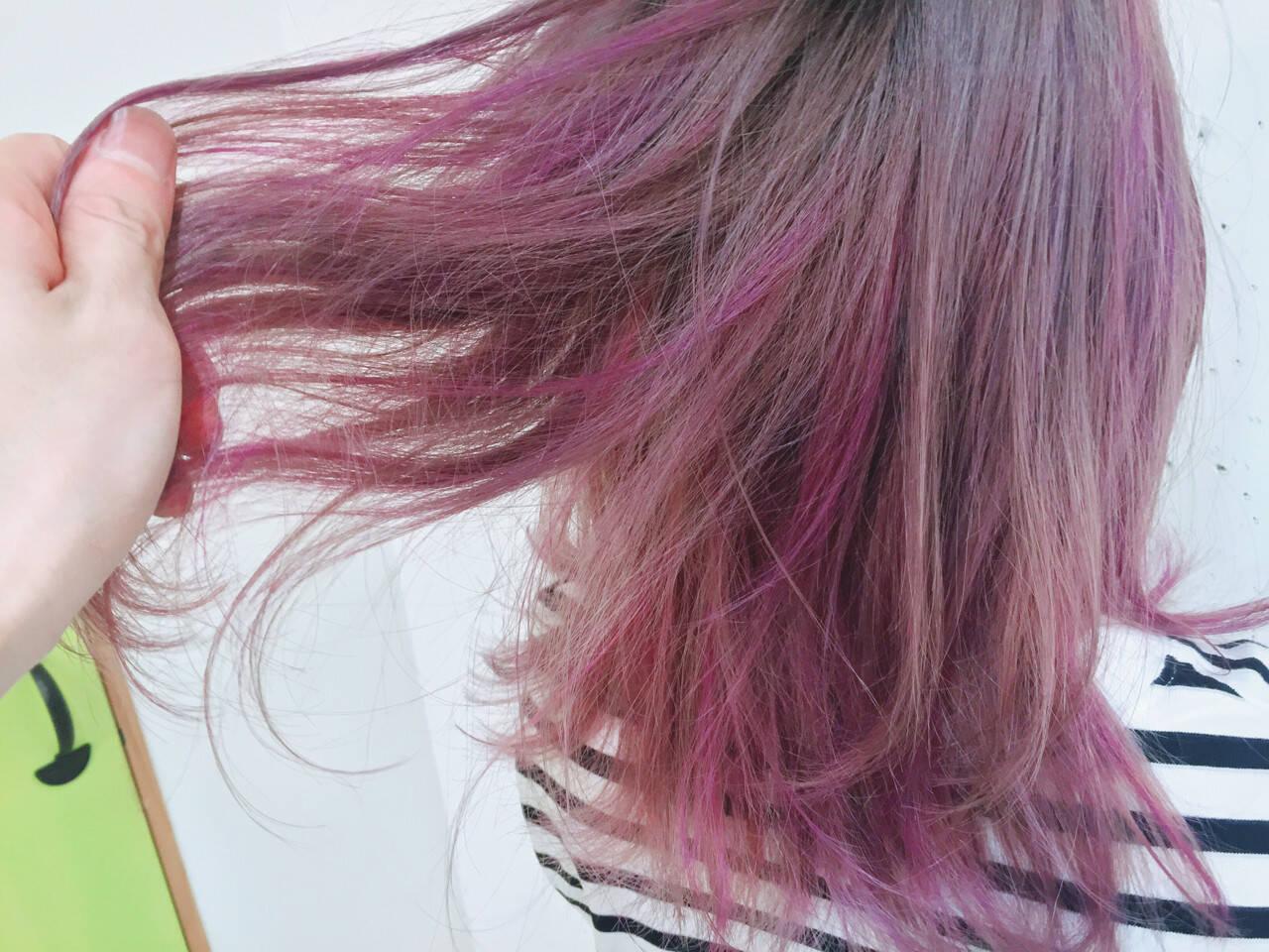 ピンク グラデーションカラー ミディアム ストリートヘアスタイルや髪型の写真・画像