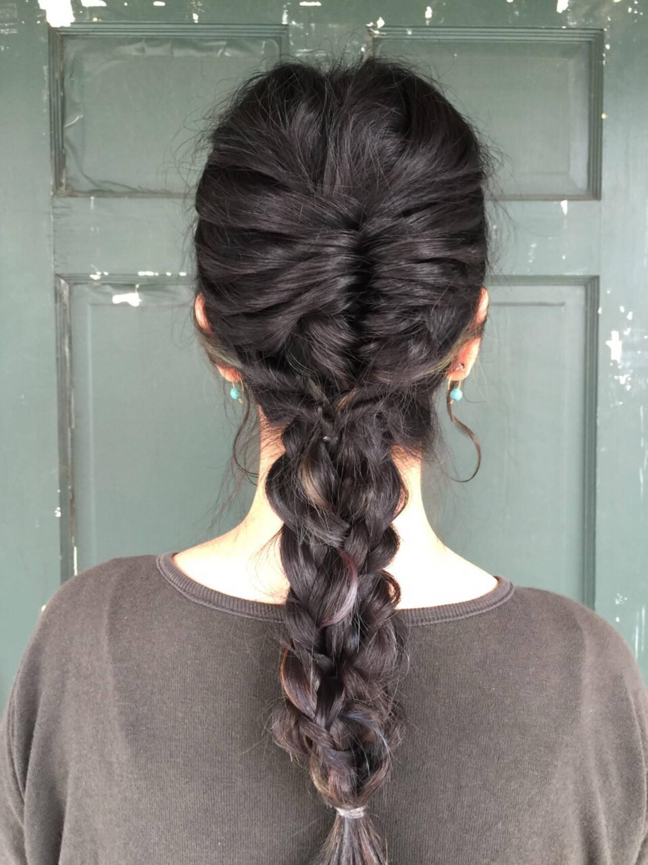 フィッシュボーン 上品 黒髪 エレガントヘアスタイルや髪型の写真・画像