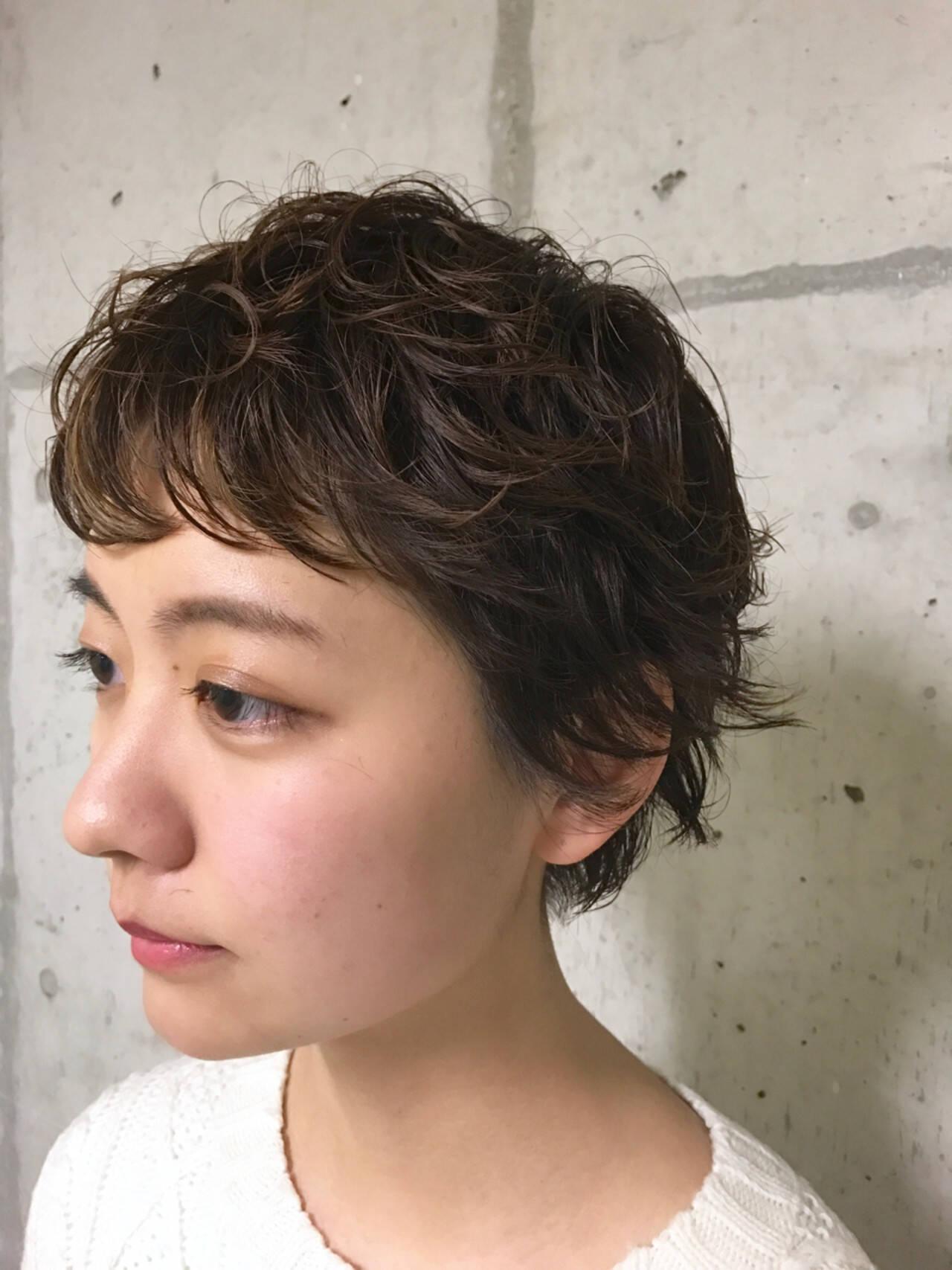 ショート ベリーショート パーマ モードヘアスタイルや髪型の写真・画像