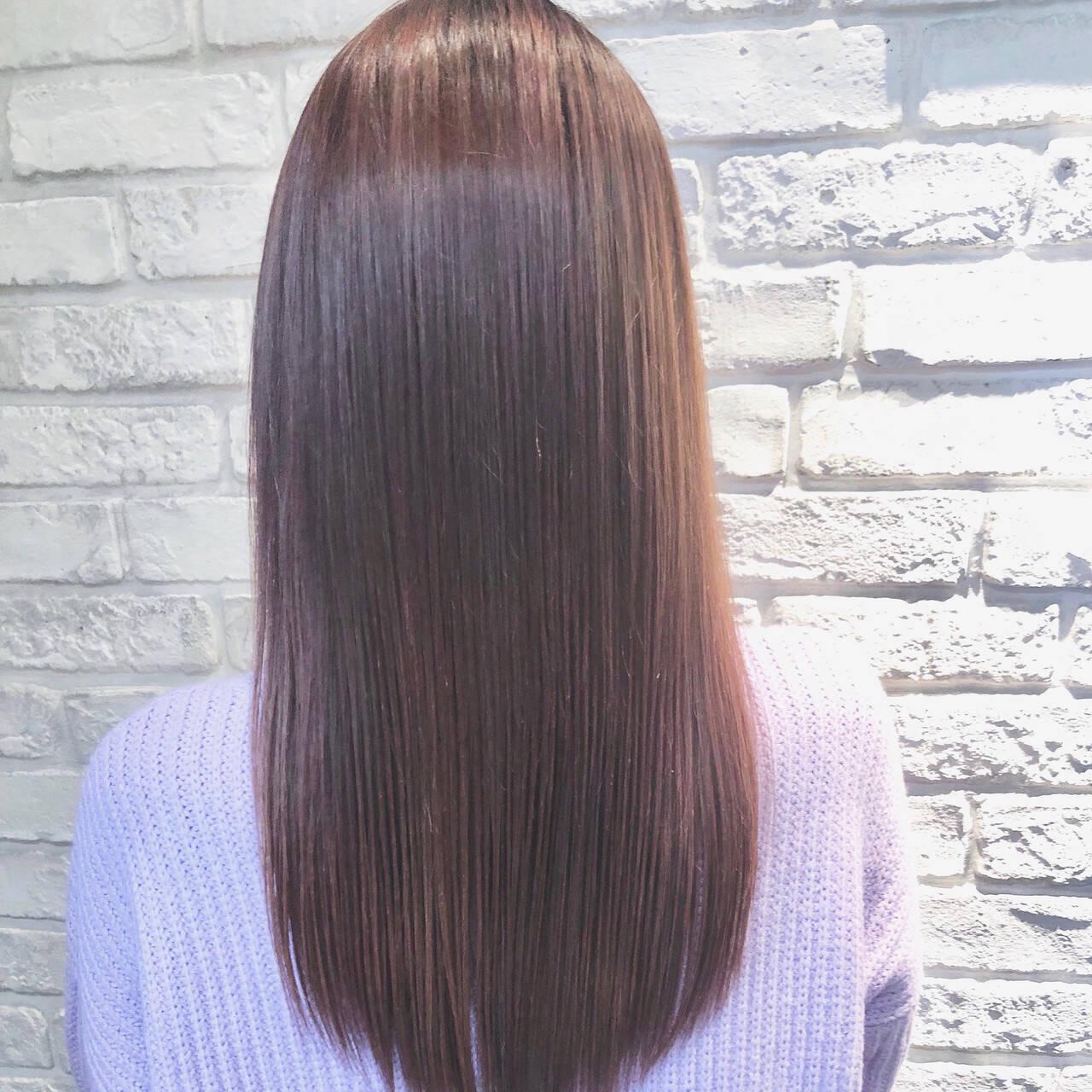 ピンクベージュ コンサバ ピンクアッシュ 縮毛矯正ヘアスタイルや髪型の写真・画像