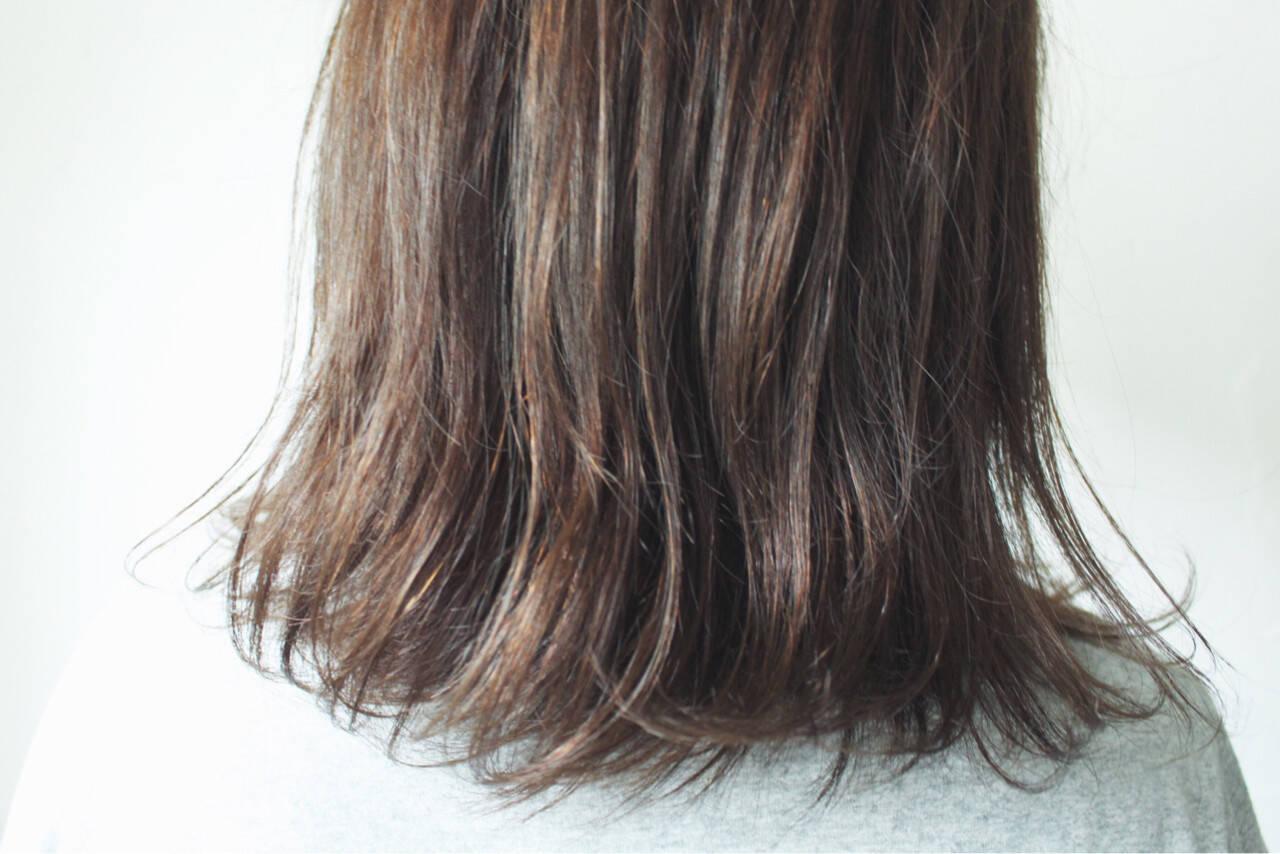 ボブ 暗髪 外国人風 グレージュヘアスタイルや髪型の写真・画像