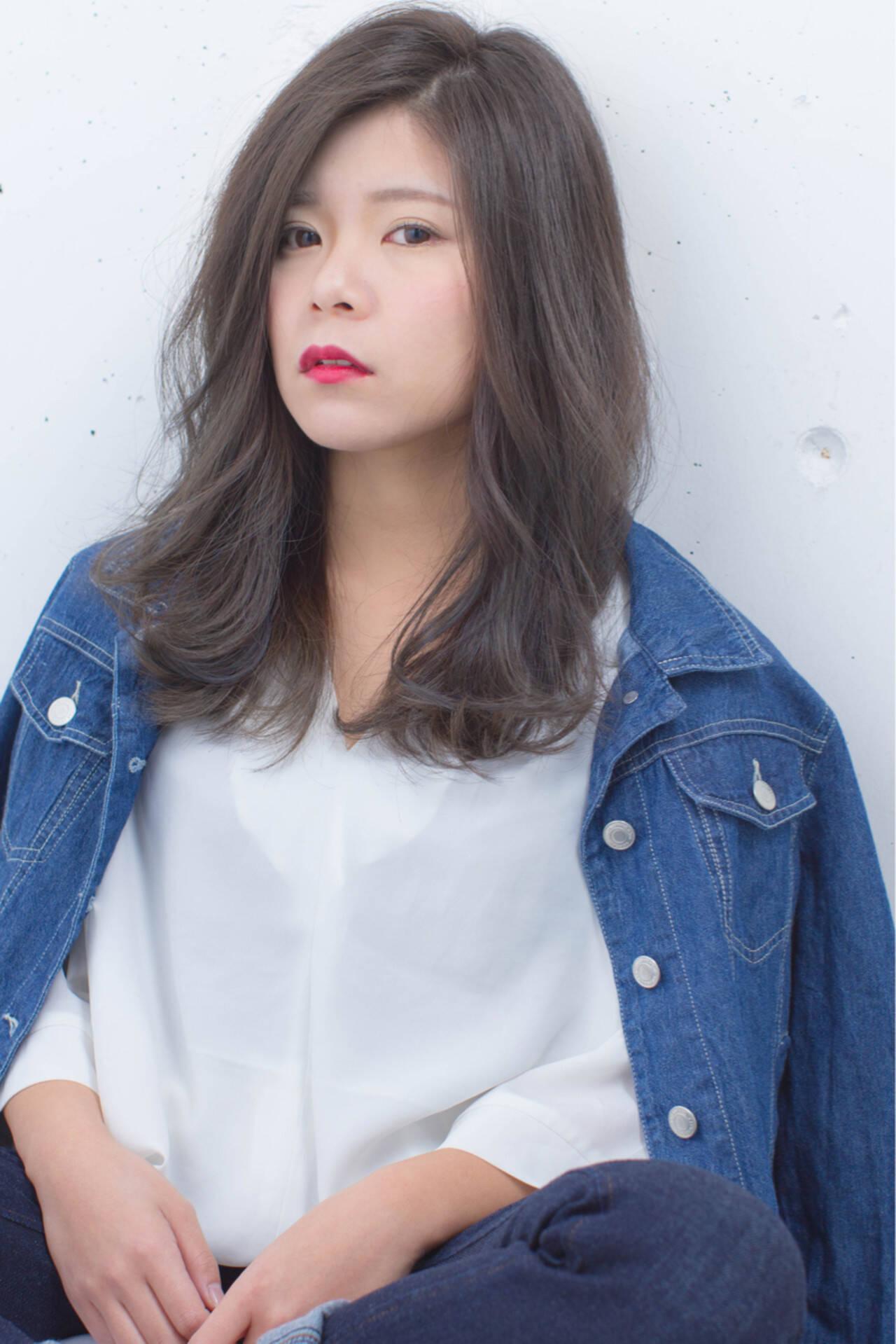 小顔 大人女子 グラデーションカラー 外国人風ヘアスタイルや髪型の写真・画像