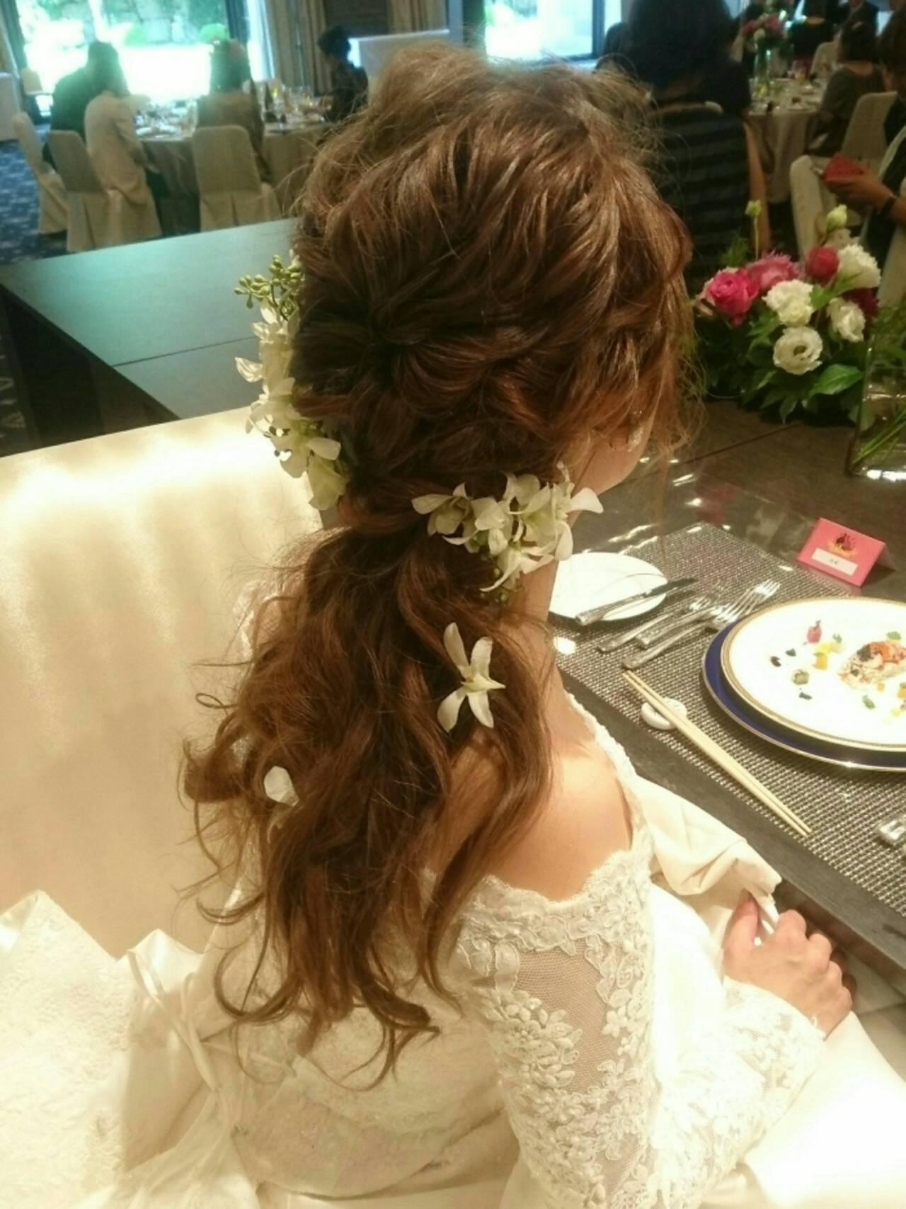 フェミニン ロング 結婚式 こなれ感ヘアスタイルや髪型の写真・画像