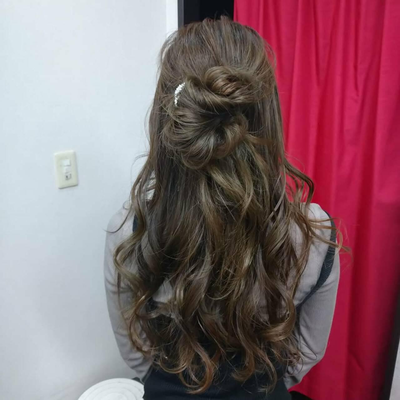 ヘアカラー ロング ナチュラル 結婚式ヘアアレンジヘアスタイルや髪型の写真・画像