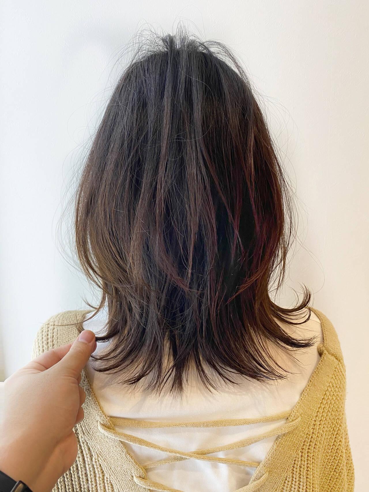 フェミニン 重軽 切りっぱなしボブ ミディアムレイヤーヘアスタイルや髪型の写真・画像