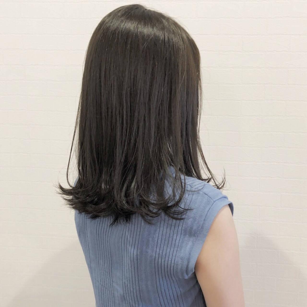 ナチュラル マット 女子力 グレージュヘアスタイルや髪型の写真・画像