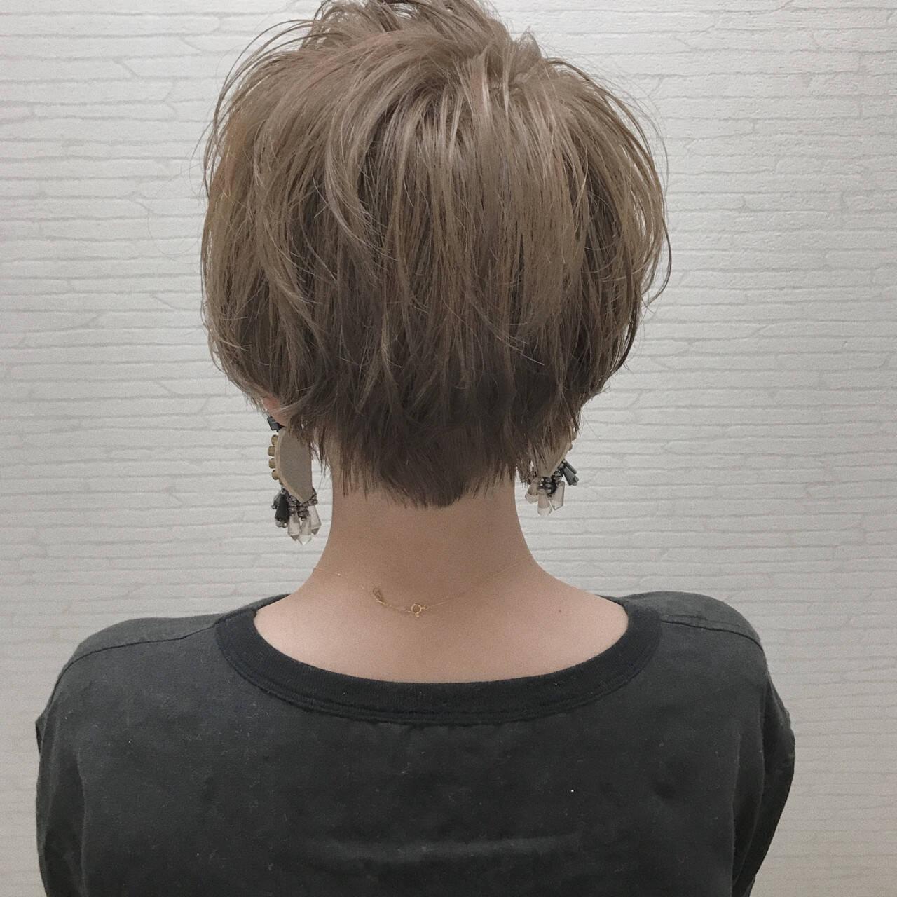 小顔 似合わせ ショート デートヘアスタイルや髪型の写真・画像